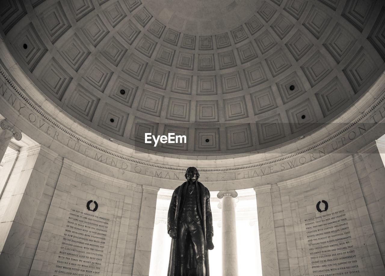 Statue Of Thomas Jefferson In Jefferson Memorial