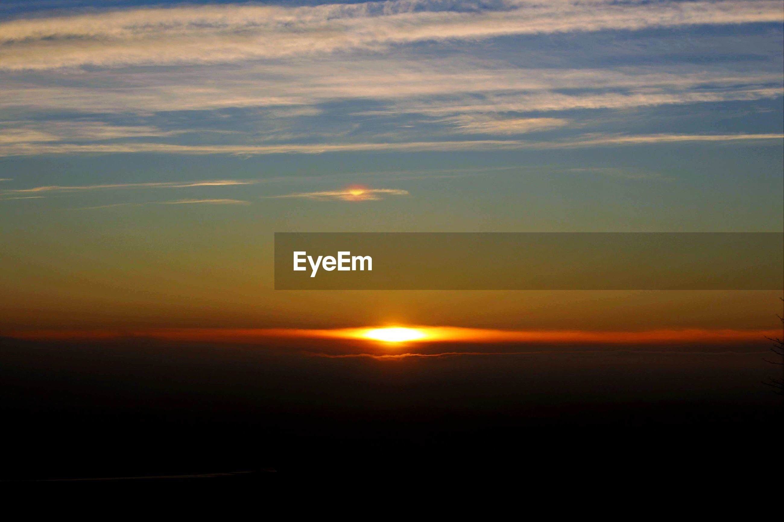 SCENIC VIEW OF SUNSET AGAINST SKY