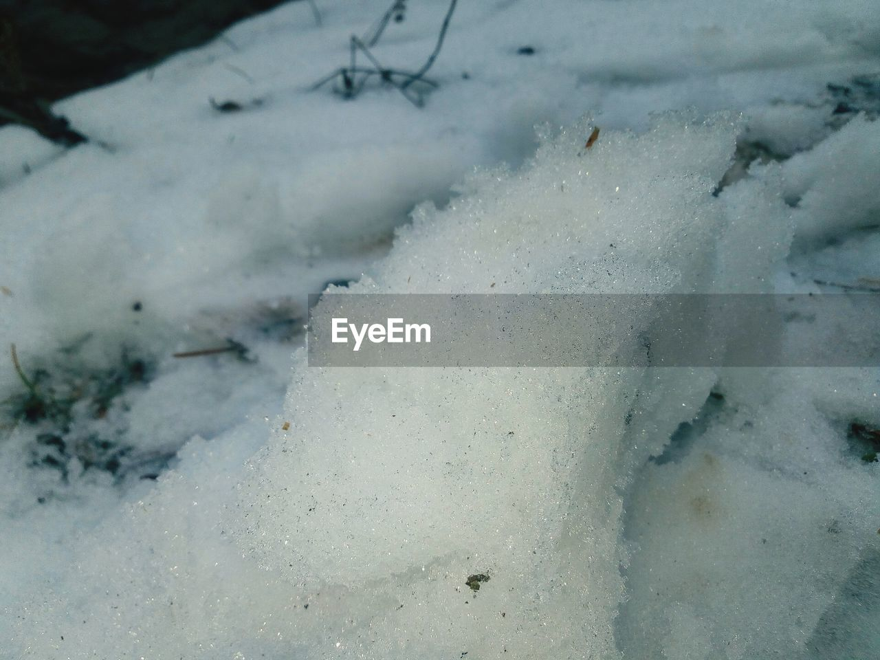 cold temperature, winter, snow, nature, day, outdoors, no people, frozen, beauty in nature, tranquility, close-up, water