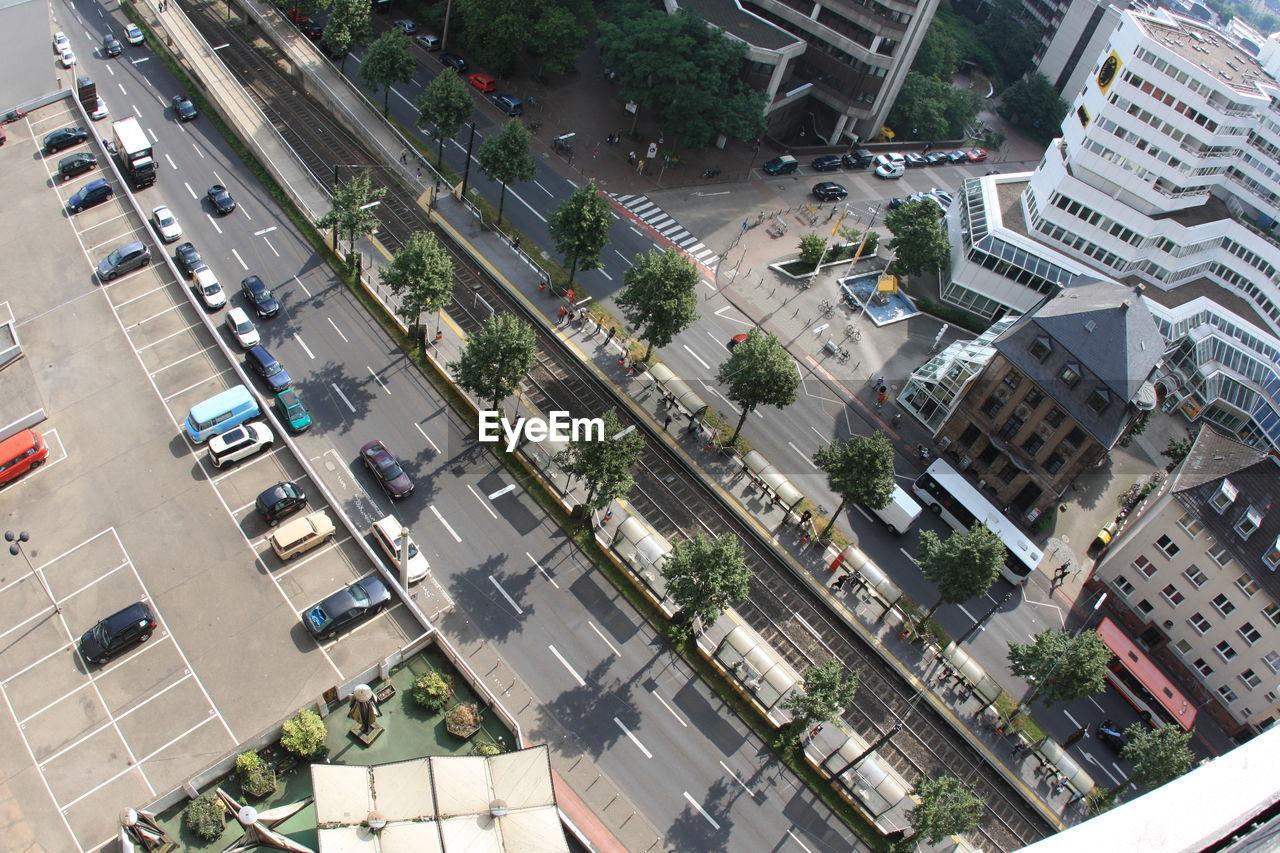 HIGH ANGLE VIEW OF MODERN CITY