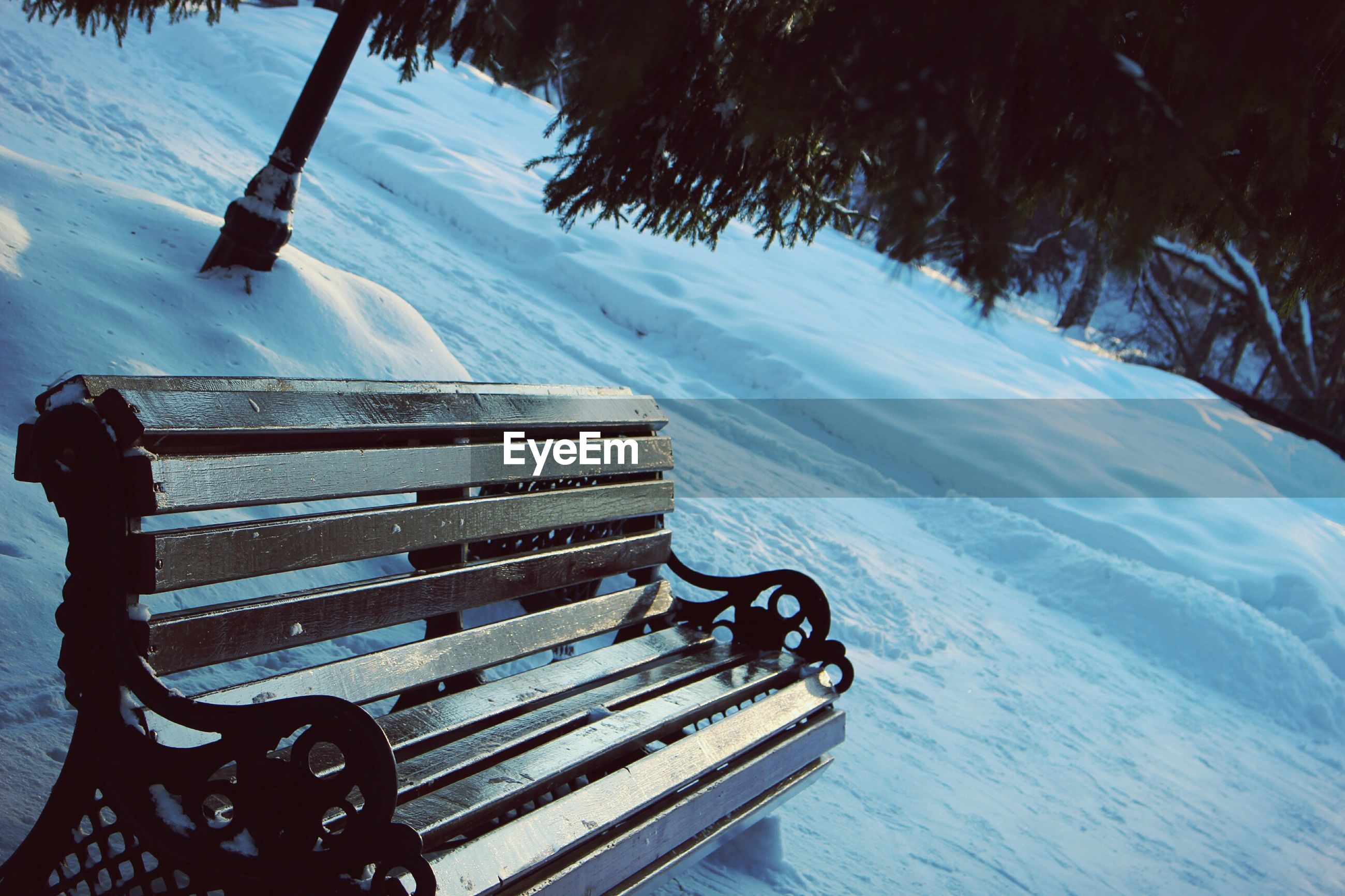 bench, nature, winter, snow, water, outdoors, cold temperature, sky, day, no people, beauty in nature, tree