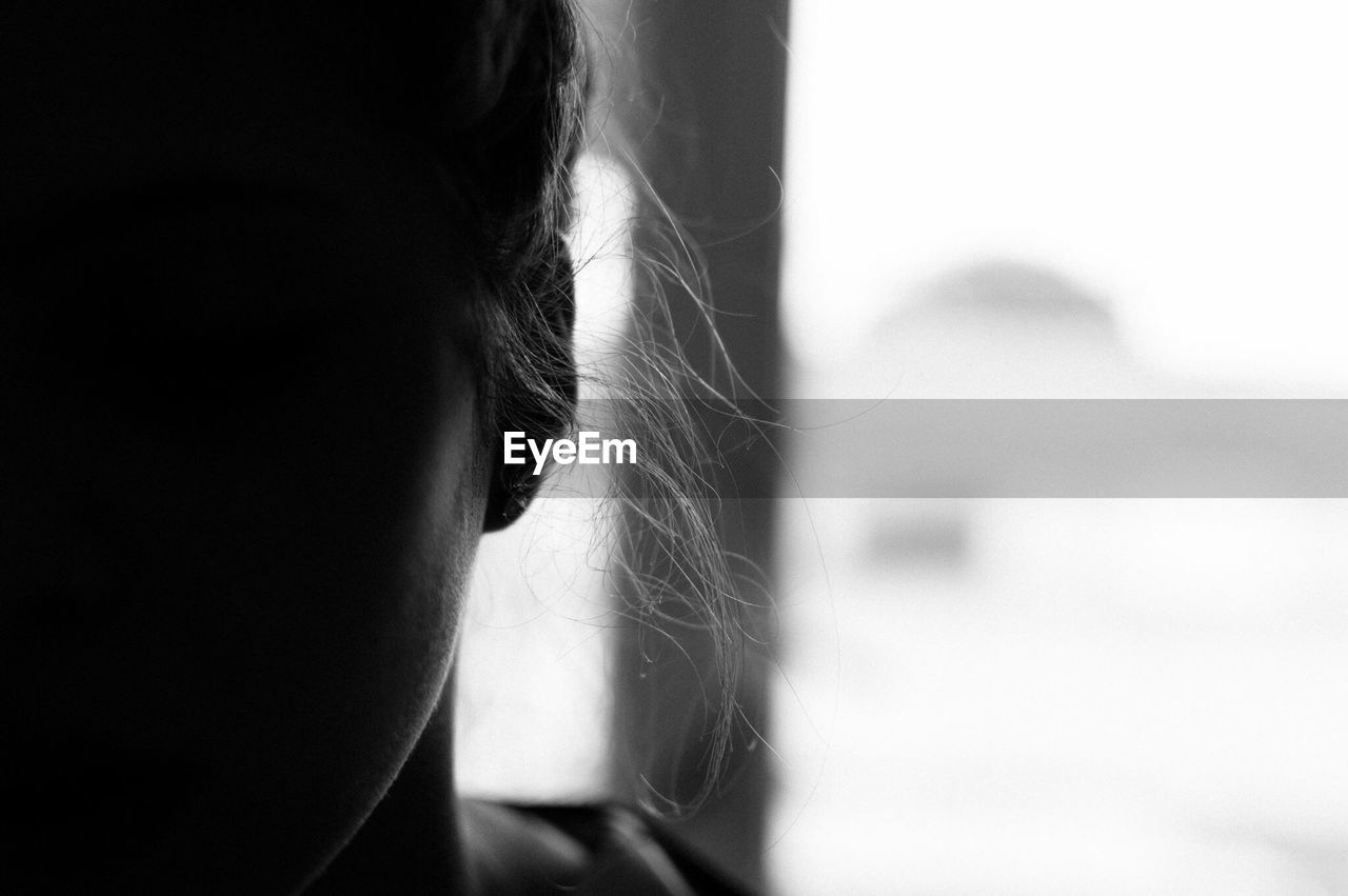 one person, focus on foreground, close-up, real people, human body part, human eye, women, day, eyelash, indoors, young women, sensory perception, young adult, eyeball, people