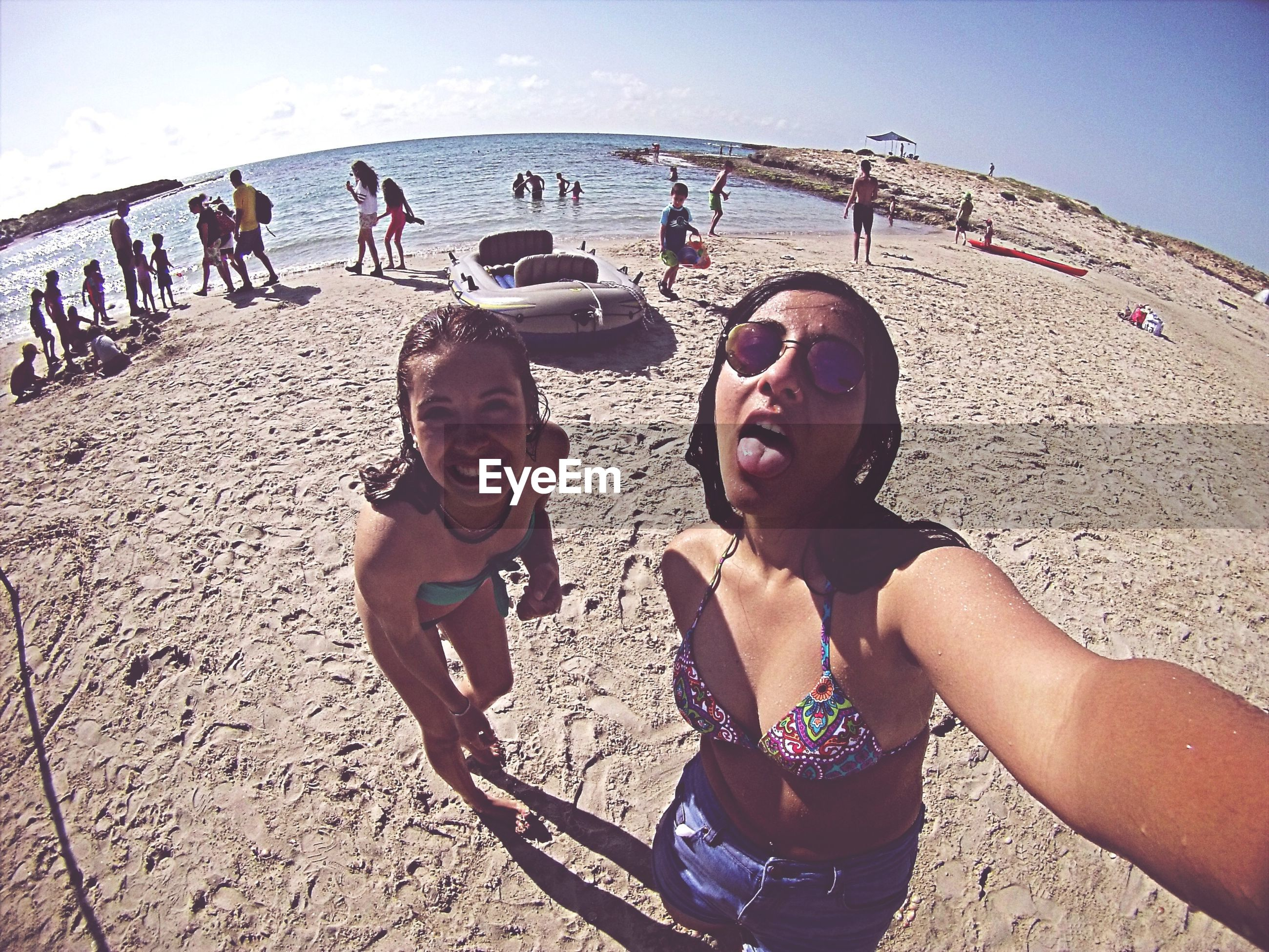 lifestyles, leisure activity, beach, togetherness, enjoyment, person, sunlight, vacations, full length, portrait, sand, casual clothing, fun, happiness, boys, bonding, childhood