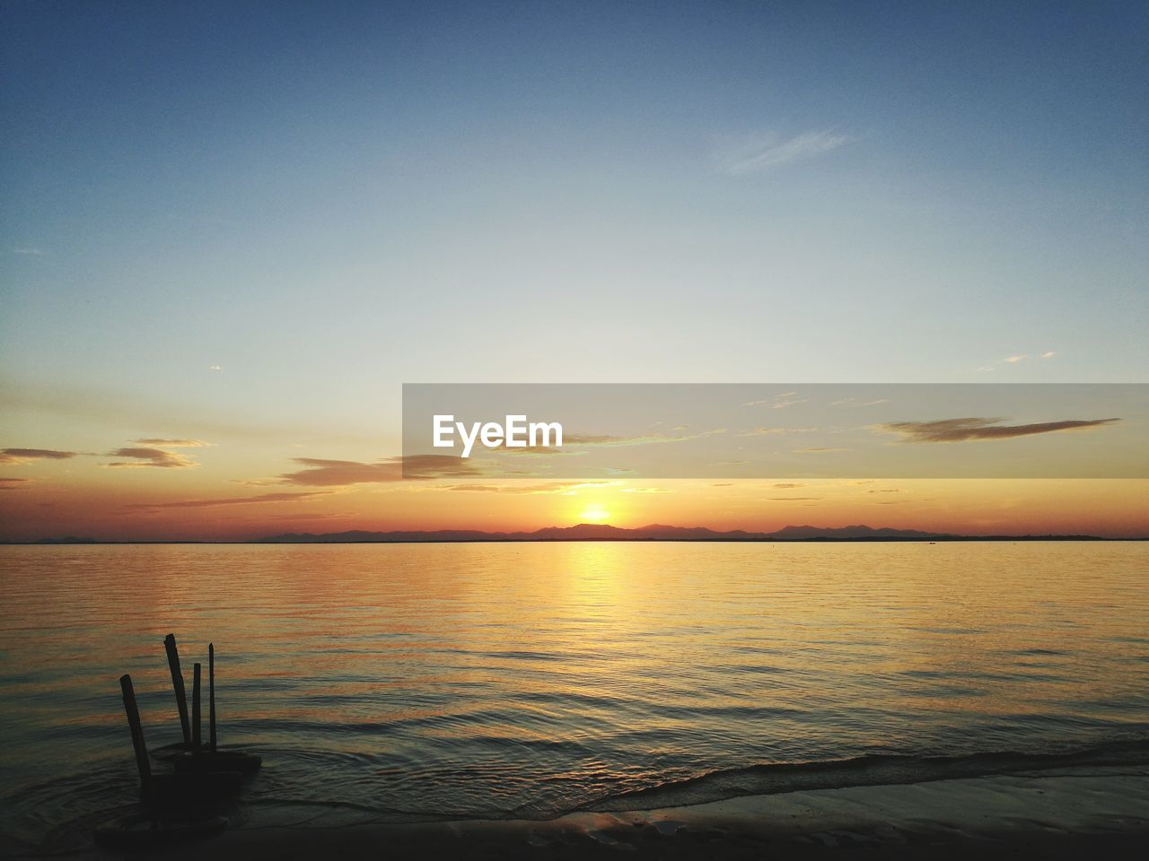 sunset, sea, scenics, beauty in nature, tranquil scene, water, tranquility, horizon over water, nature, sky, no people, beach, sun, outdoors