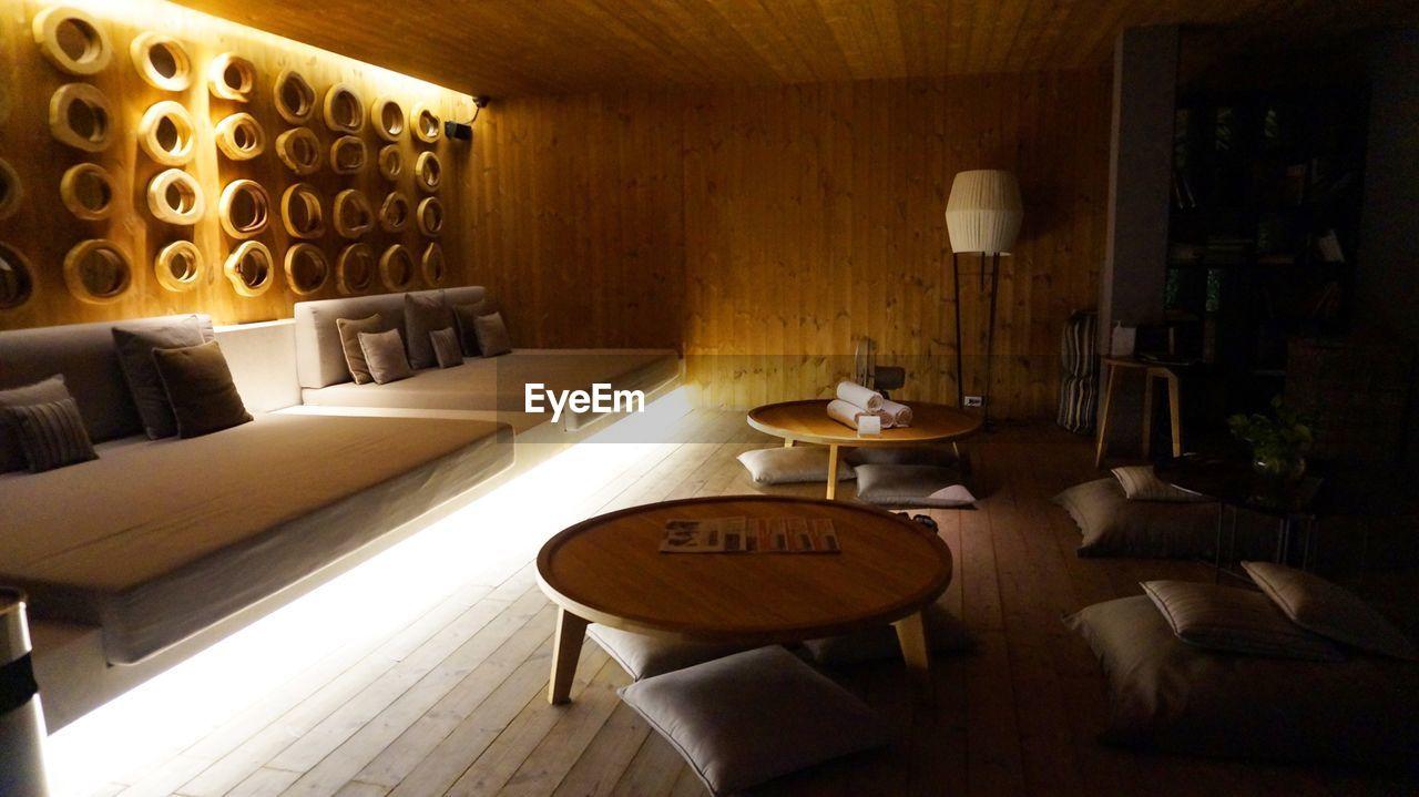 I love bangkok 😍👍🏼 Hotel Bangkok Thailand Sofa Table Wood - Material Seat Spa Day Holiday Summer Nice Chair