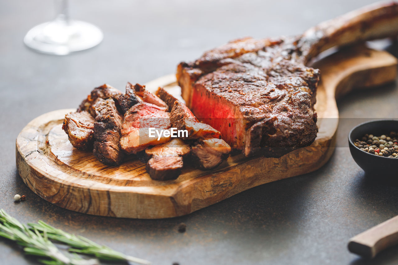 food, food and drink, ready-to-eat, plate, still life, freshness, serving size, meat, close-up, indoors, selective focus, table, indulgence, temptation, no people, unhealthy eating, red meat, beef, slice, sweet food, snack