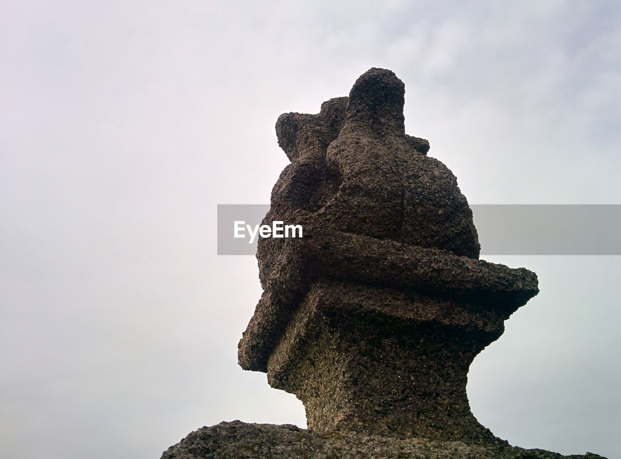 statue, sculpture, sky, low angle view, no people, day, outdoors, history, ancient, ancient civilization, nature