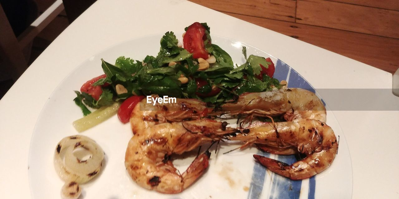 food, food and drink, freshness, plate, ready-to-eat, healthy eating, wellbeing, indoors, serving size, still life, high angle view, vegetable, close-up, seafood, table, meal, crustacean, no people, salad, prawn, crockery, dinner, temptation