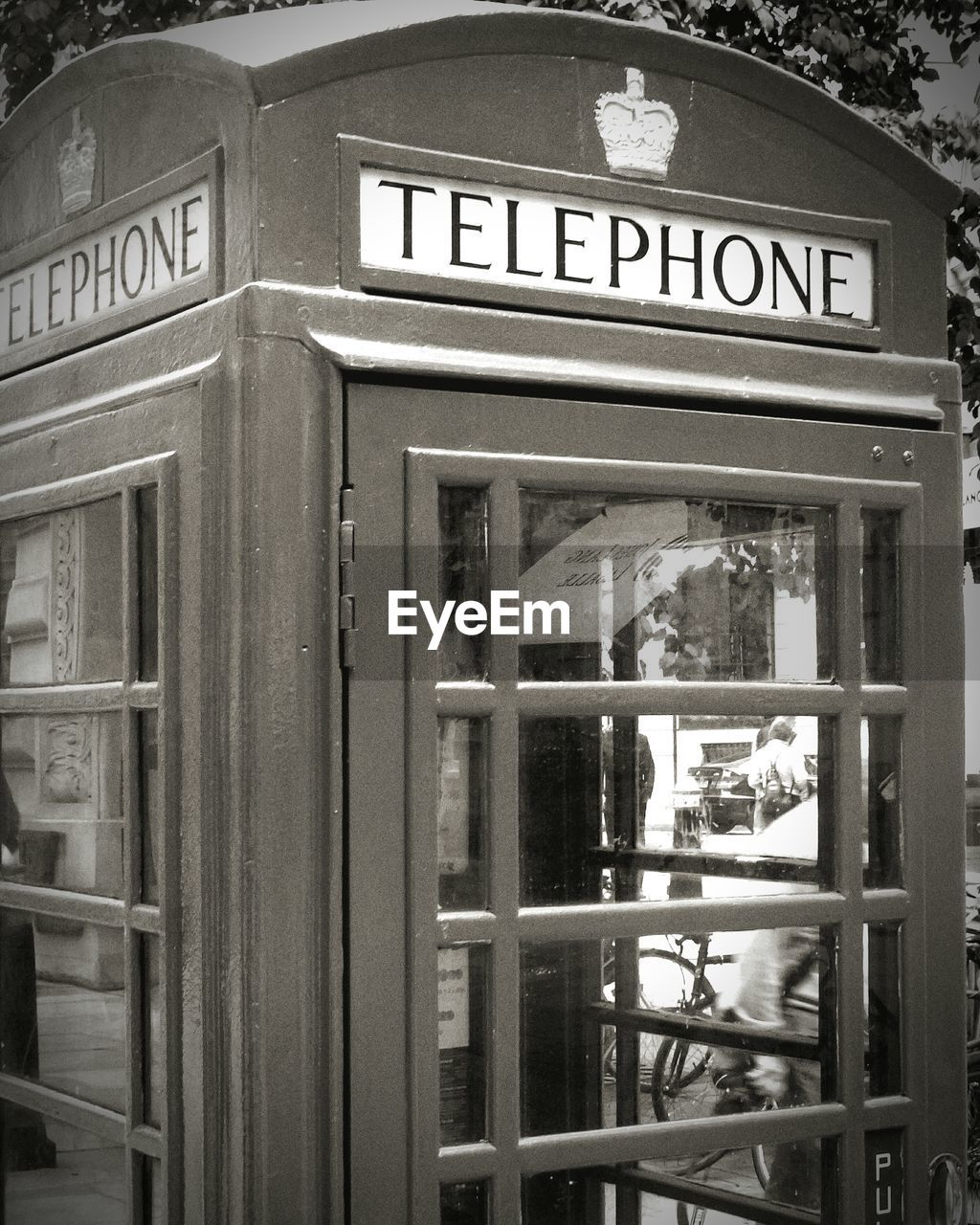 text, communication, western script, telephone booth, day, no people, outdoors, pay phone, close-up, vending machine