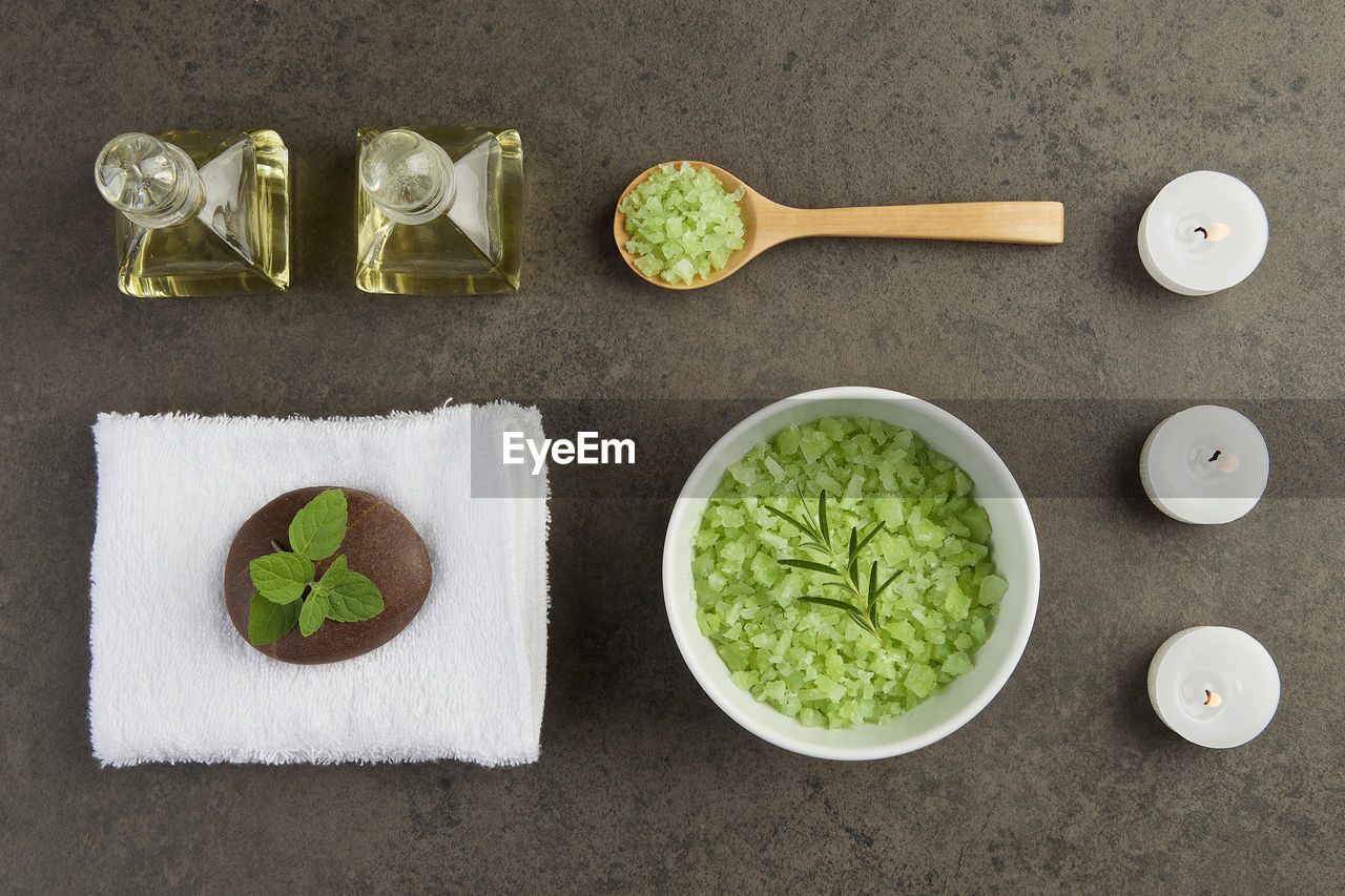 directly above, food and drink, food, freshness, high angle view, no people, bowl, still life, healthy eating, indoors, table, wellbeing, vegetable, arrangement, kitchen utensil, group of objects, green color, household equipment, ready-to-eat, medium group of objects, herb, tray, japanese food