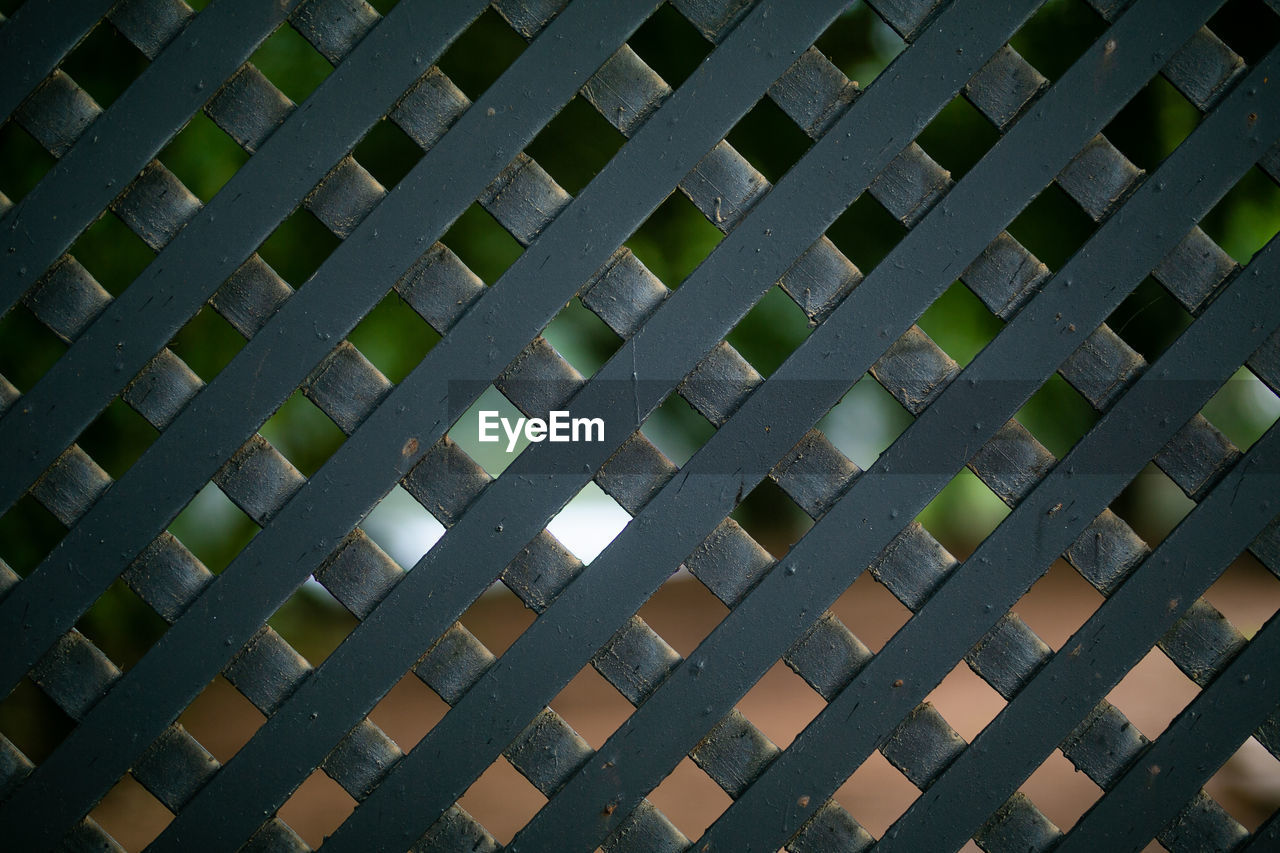 backgrounds, pattern, full frame, no people, repetition, indoors, day, textured, metal, in a row, close-up, architecture, built structure, window, design, gray, grid, side by side, sunlight
