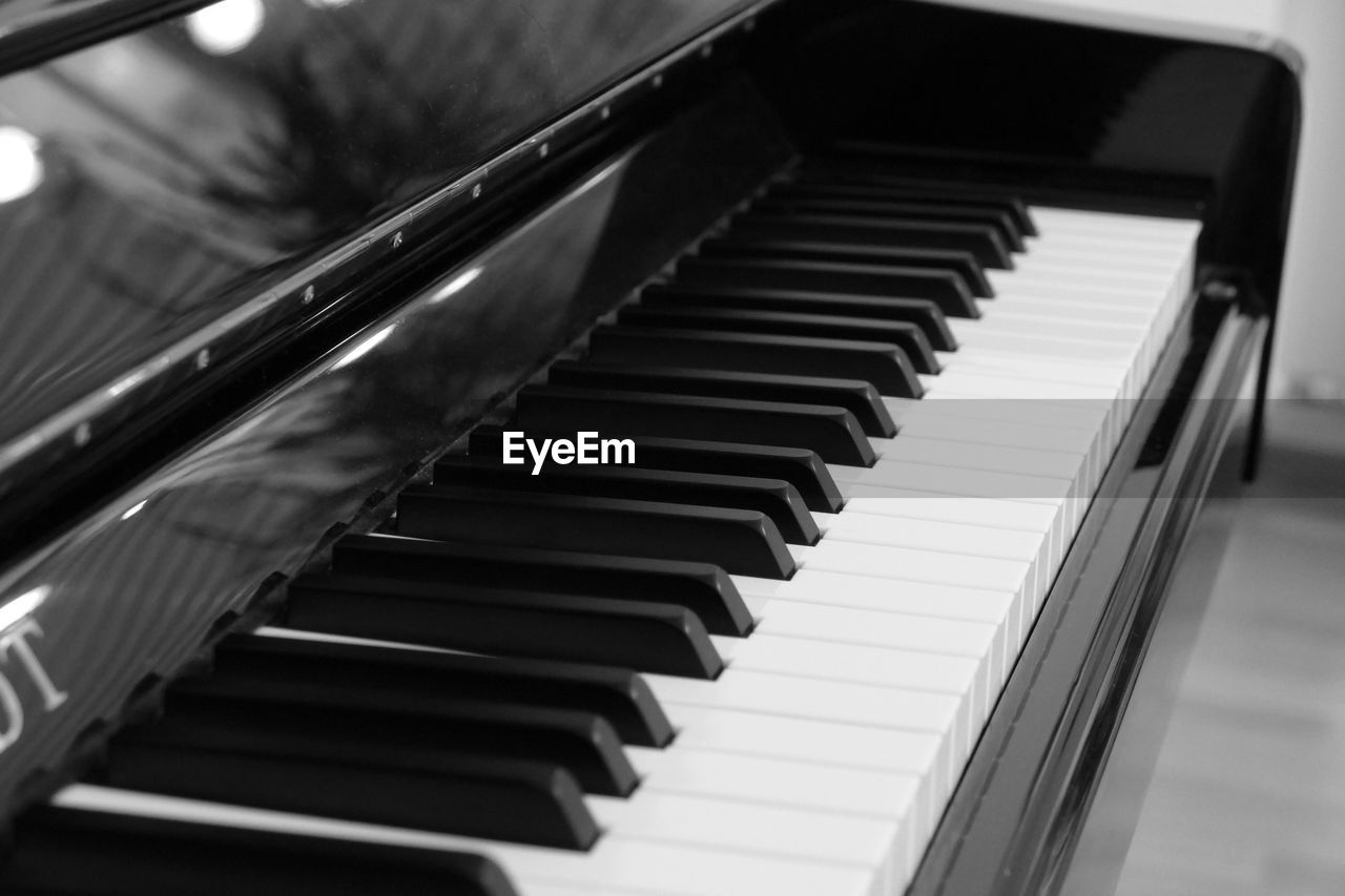 music, musical instrument, piano key, piano, arts culture and entertainment, close-up, indoors, no people, day