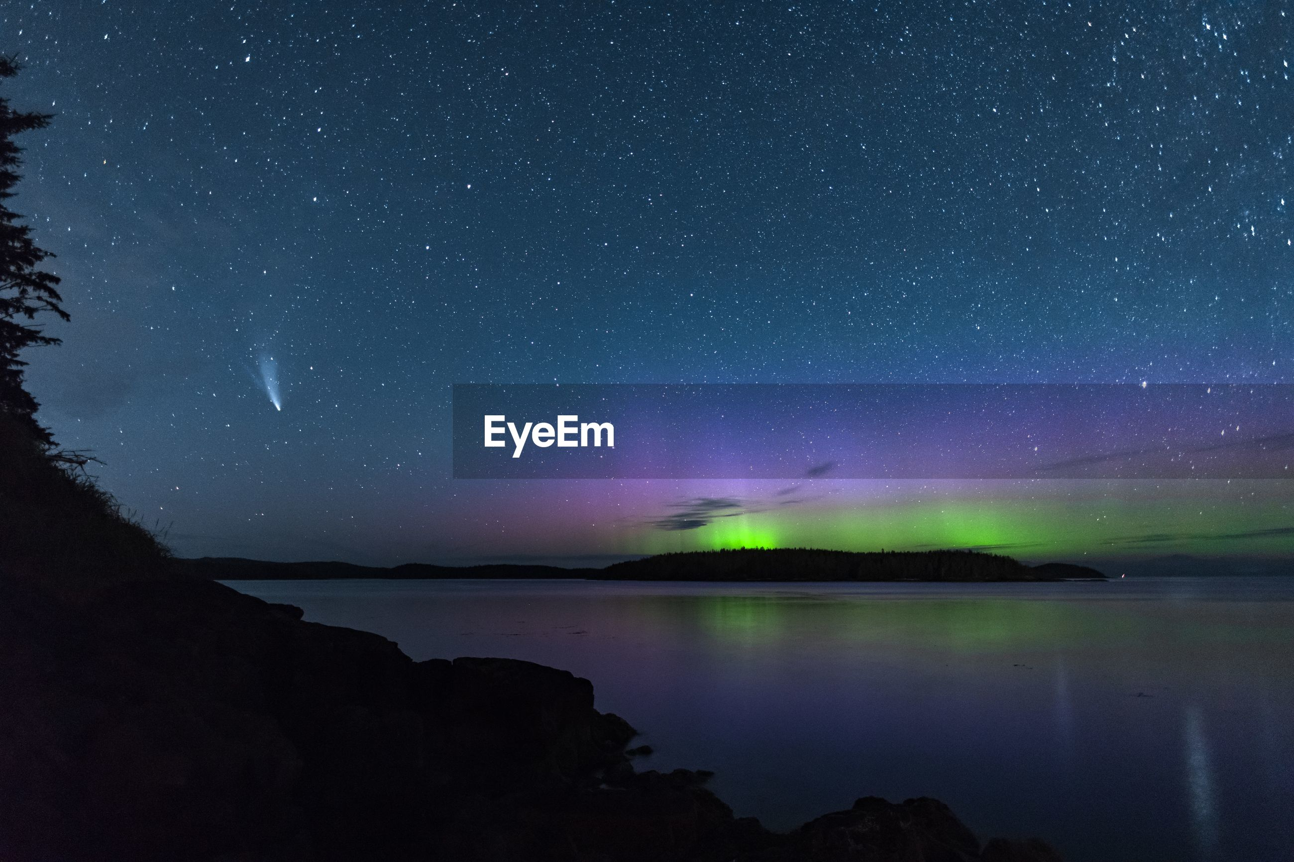 Northern lights with comet