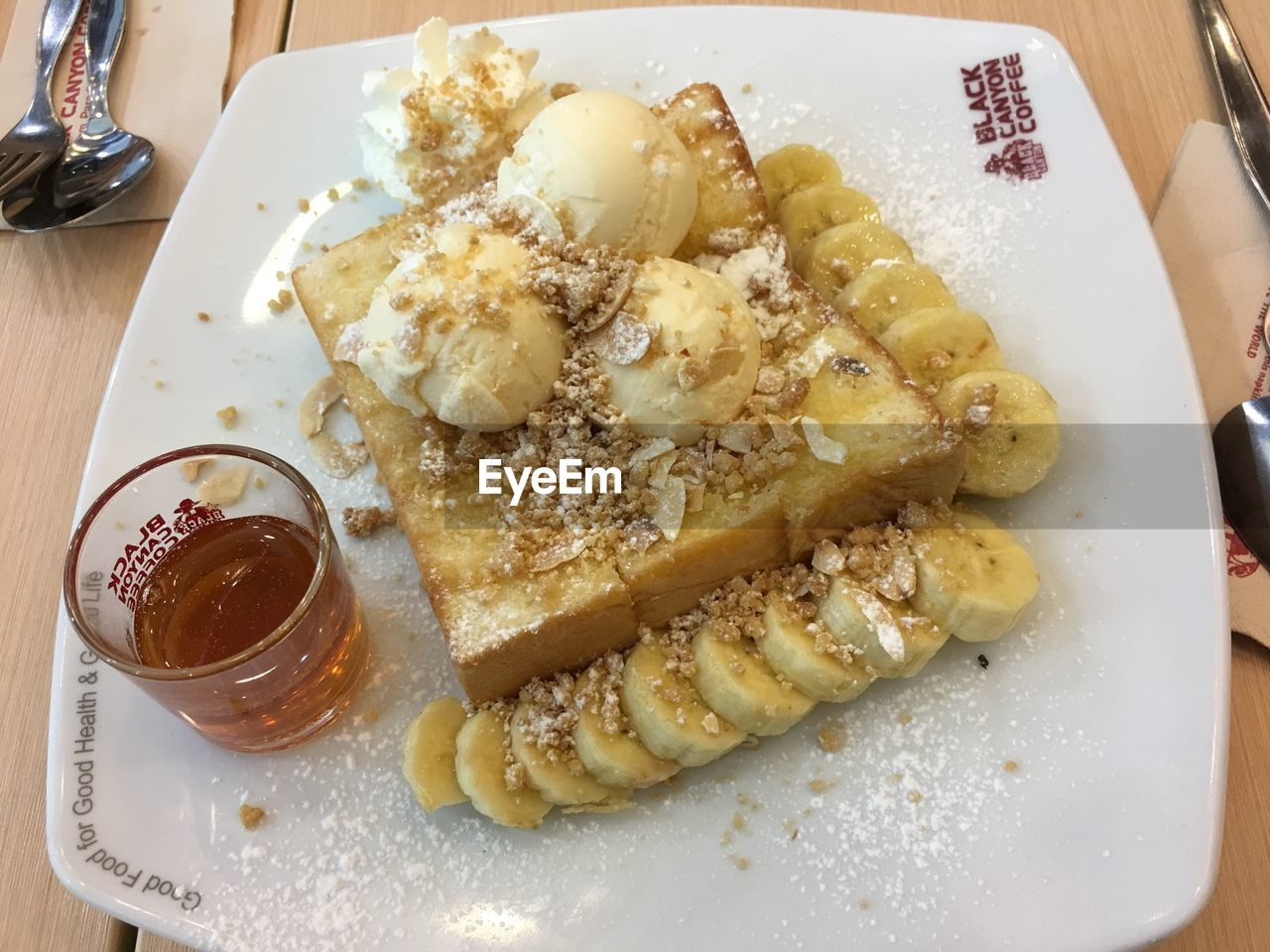 food and drink, plate, food, freshness, ready-to-eat, indoors, high angle view, serving size, indulgence, no people, table, temptation, close-up, healthy eating, day