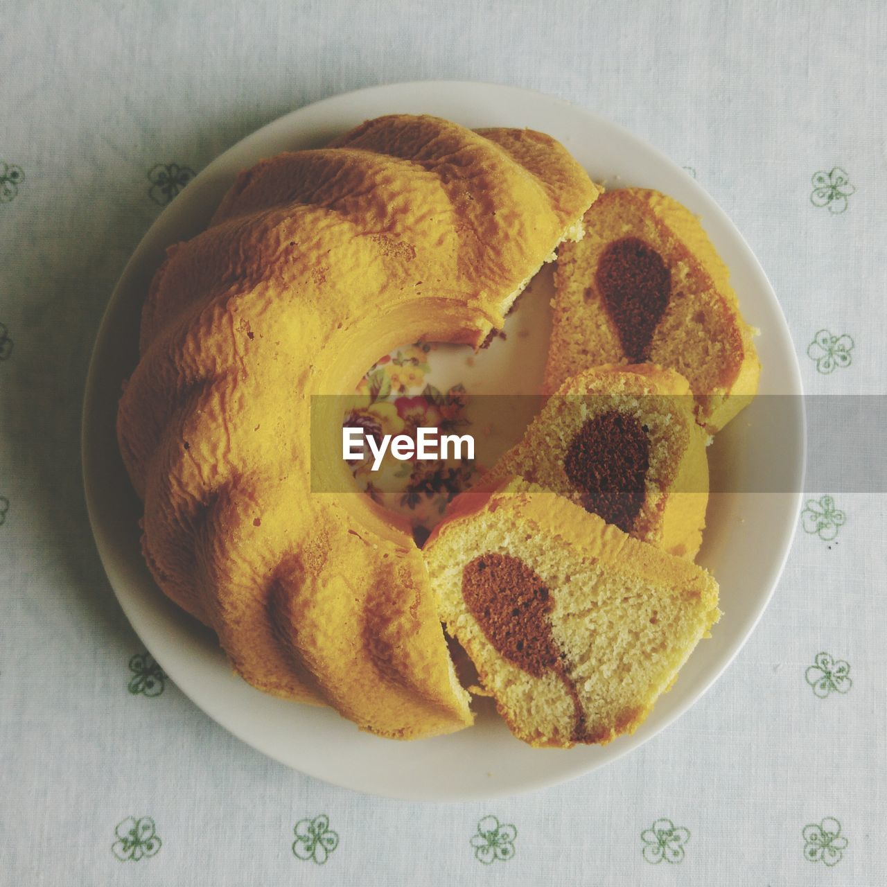 food, food and drink, freshness, ready-to-eat, indoors, no people, still life, plate, table, sweet food, baked, directly above, indulgence, close-up, high angle view, dessert, sweet, temptation, bread, cookie, snack, breakfast