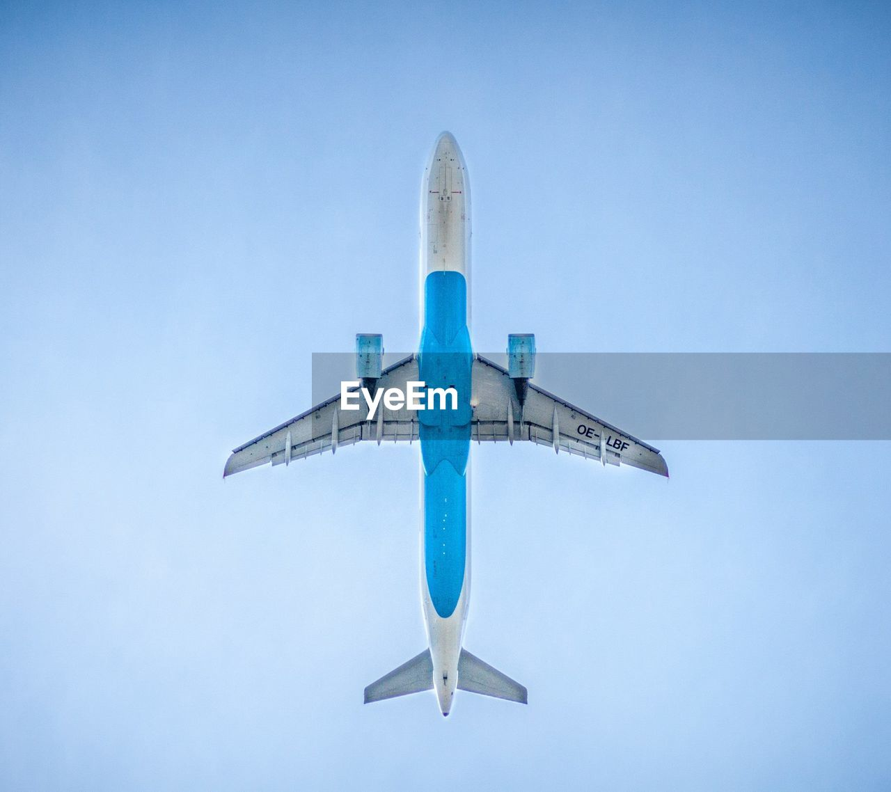 airplane, blue, transportation, flying, clear sky, air vehicle, travel, journey, low angle view, day, no people, outdoors, sky, close-up