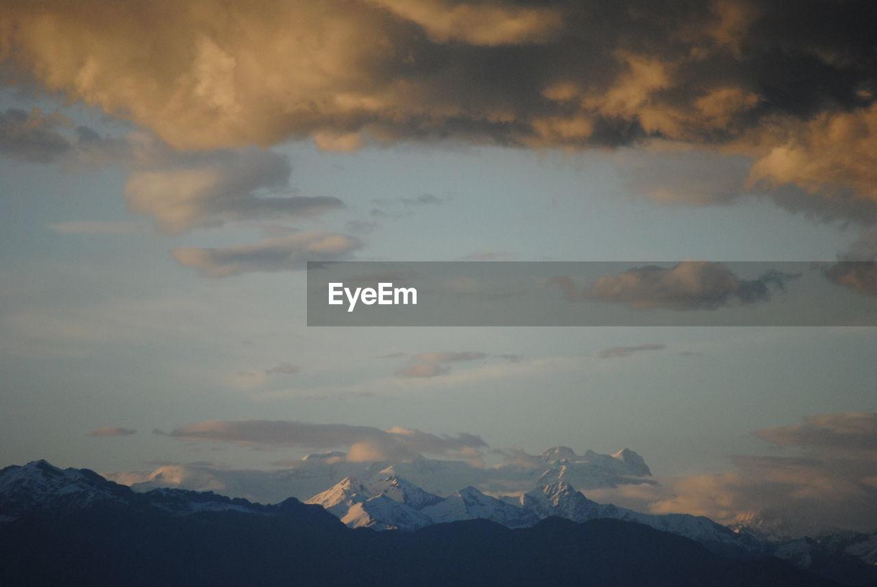 cloud - sky, sky, beauty in nature, mountain, scenics - nature, tranquility, tranquil scene, nature, mountain range, no people, sunset, environment, non-urban scene, idyllic, outdoors, landscape, dusk, majestic, dramatic sky, mountain peak