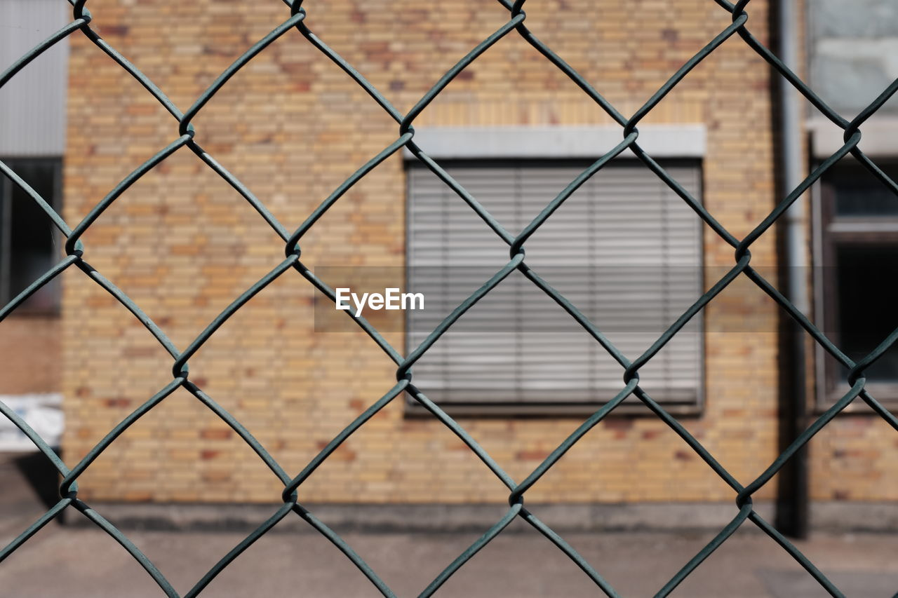 chainlink fence, metal, security, safety, focus on foreground, protection, pattern, full frame, backgrounds, close-up, no people, day, outdoors, crisscross