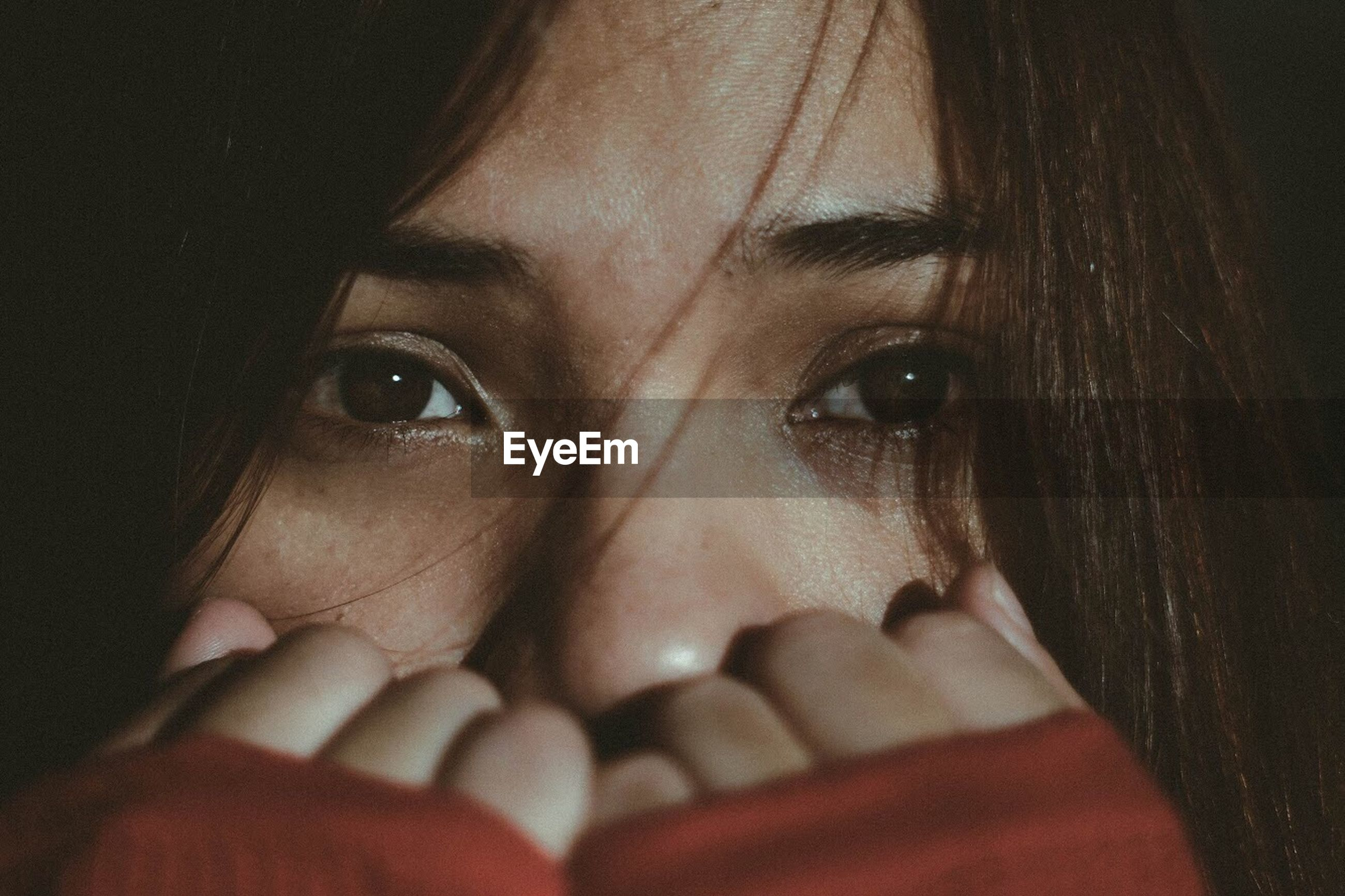 one person, looking at camera, human eye, indoors, human face, portrait, close-up, young adult, young women, human hand, day, people