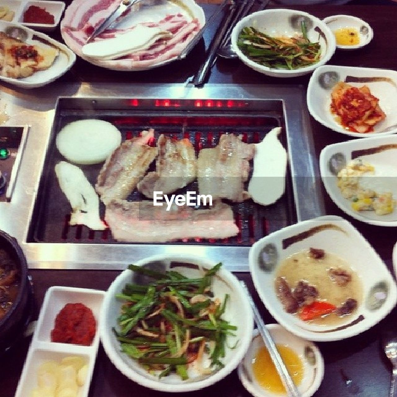 food, food and drink, plate, freshness, ready-to-eat, table, bowl, no people, salad, variation, choice, indoors, healthy eating, meal, meat, spring roll, close-up, day