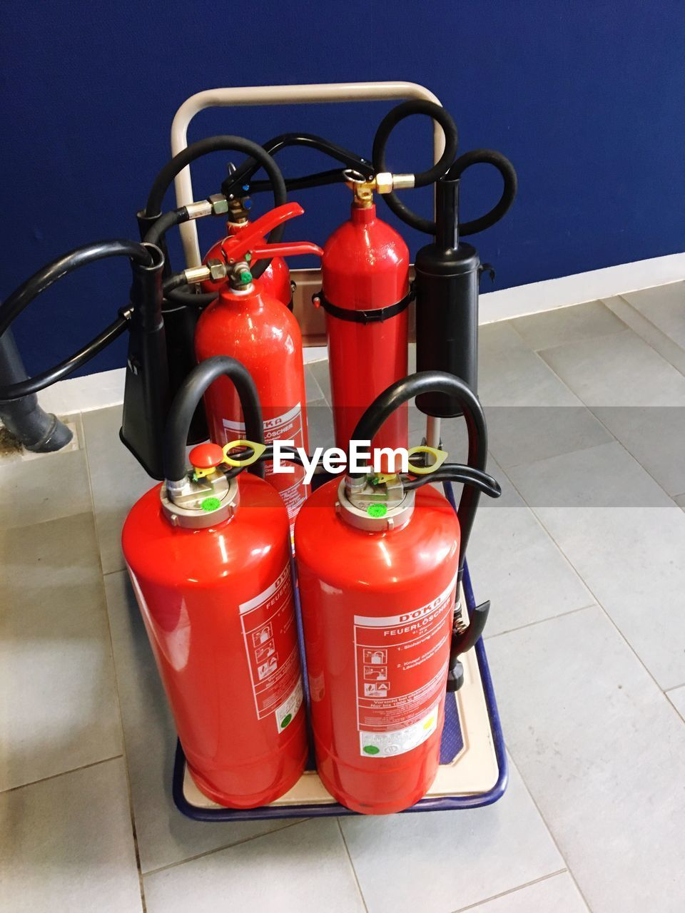 red, fire extinguisher, no people, day, gas, outdoors