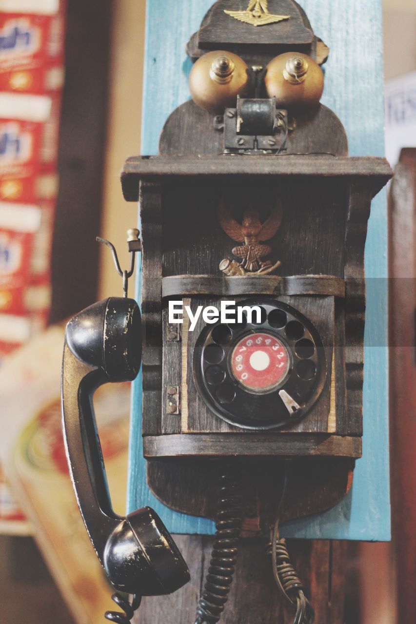 close-up, technology, focus on foreground, indoors, nostalgia, antique, no people, metal, retro styled, vintage, photography themes, camera - photographic equipment, still life, old, connection, communication, equipment, human representation, analog, digital camera