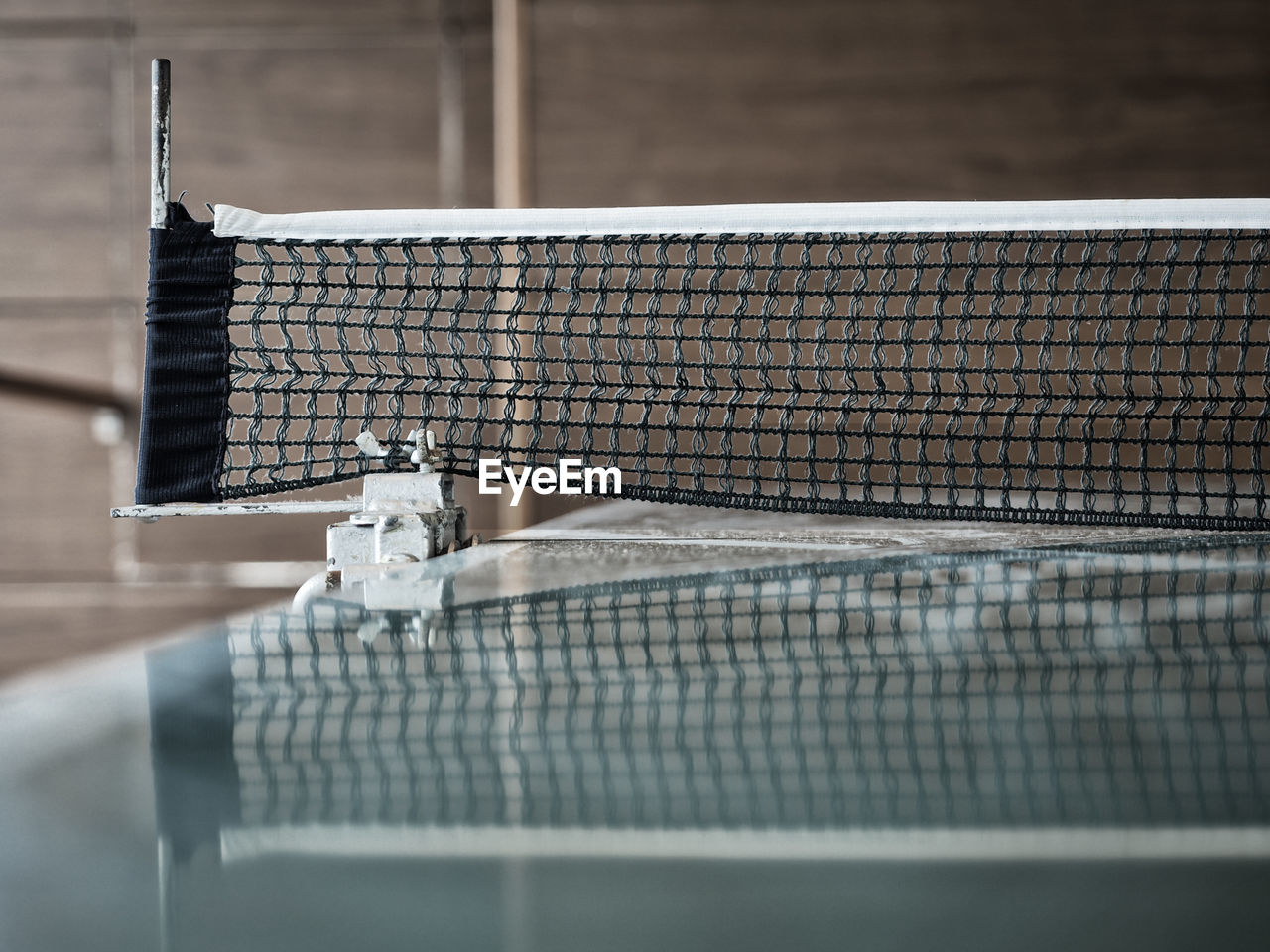 Surface level of table tennis net