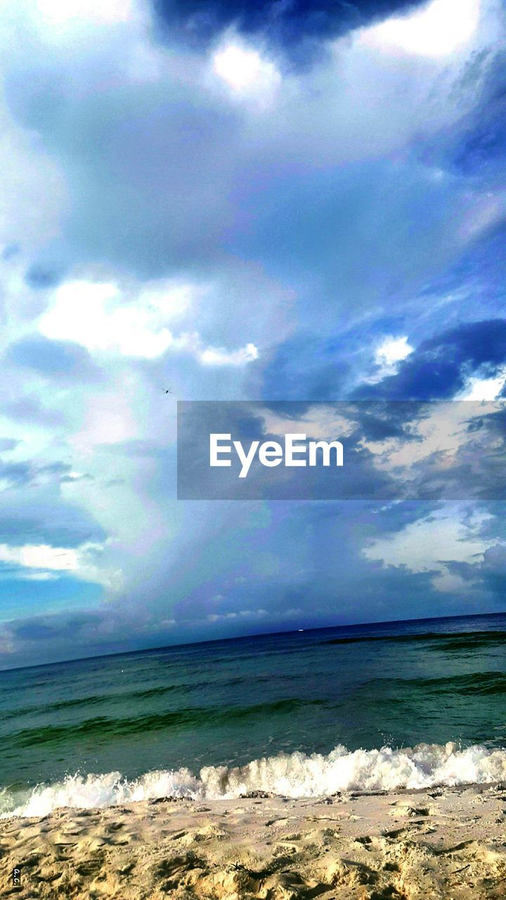 sea, beauty in nature, sky, nature, water, cloud - sky, scenics, tranquility, tranquil scene, horizon over water, no people, idyllic, outdoors, beach, day, wave