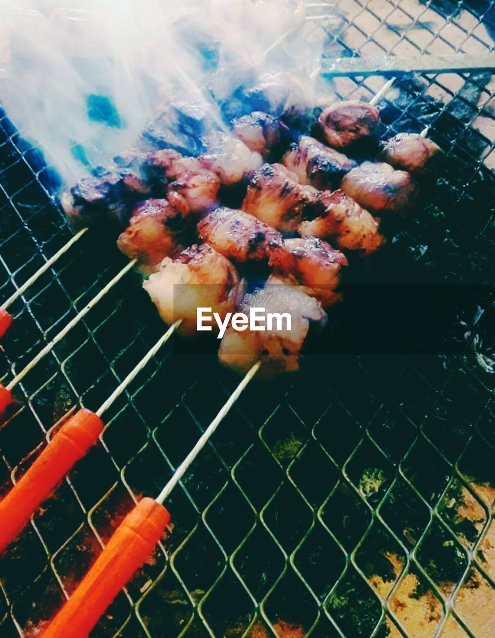 barbecue, grilled, barbecue grill, food, heat - temperature, meat, food and drink, no people, preparation, metal, close-up, grid, burning, metal grate, grate, freshness, fire, nature, smoke - physical structure, fire - natural phenomenon, outdoors, preparing food