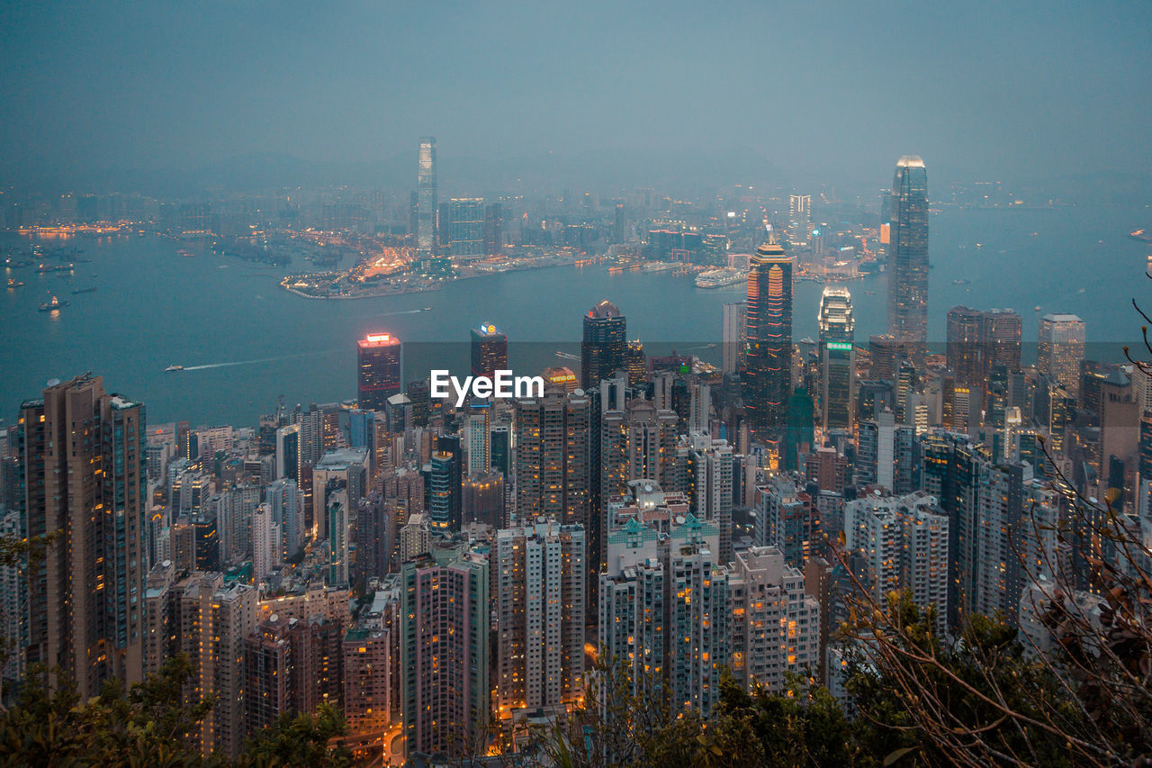 building exterior, city, architecture, cityscape, built structure, building, office building exterior, sky, skyscraper, modern, tall - high, urban skyline, crowd, landscape, nature, water, downtown district, residential district, crowded, outdoors, financial district
