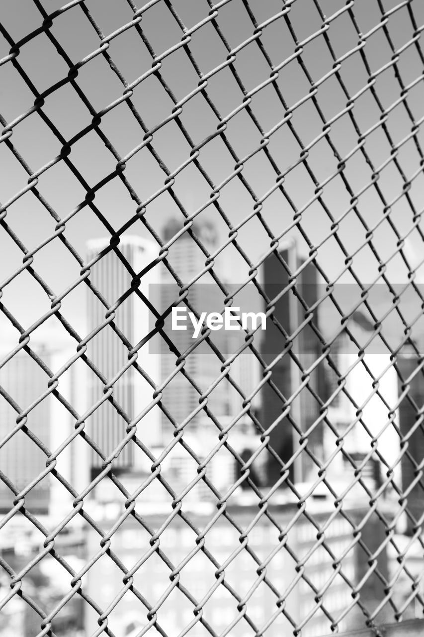 fence, metal, security, pattern, close-up, focus on foreground, protection, barrier, safety, boundary, full frame, backgrounds, day, chainlink fence, no people, indoors, selective focus