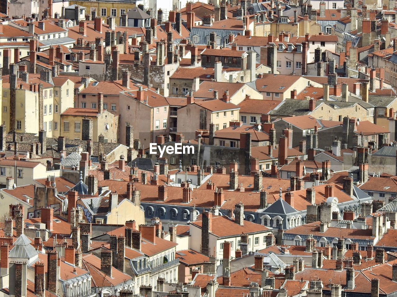 architecture, building exterior, residential district, building, built structure, city, crowded, crowd, roof, house, full frame, community, day, high angle view, backgrounds, cityscape, town, townscape, outdoors, roof tile, apartment