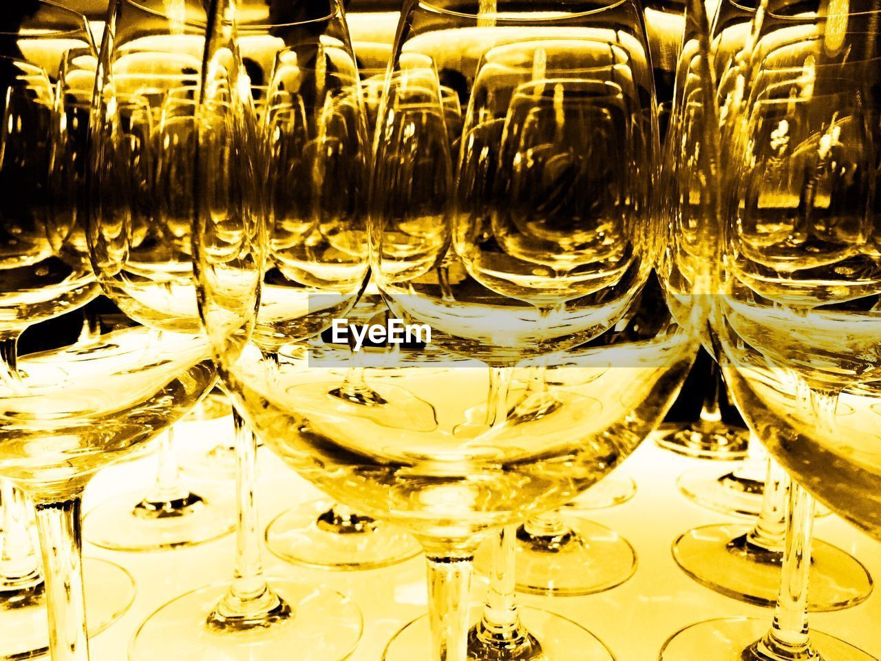 wineglass, shiny, backgrounds, gold colored, reflection, no people, celebration, indoors, illuminated, full frame, close-up, alcohol, day
