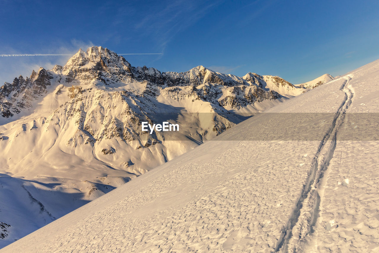 The peak of rochebrune in winter - le pic de rochebrune en hiver, queyras, hautes alpes