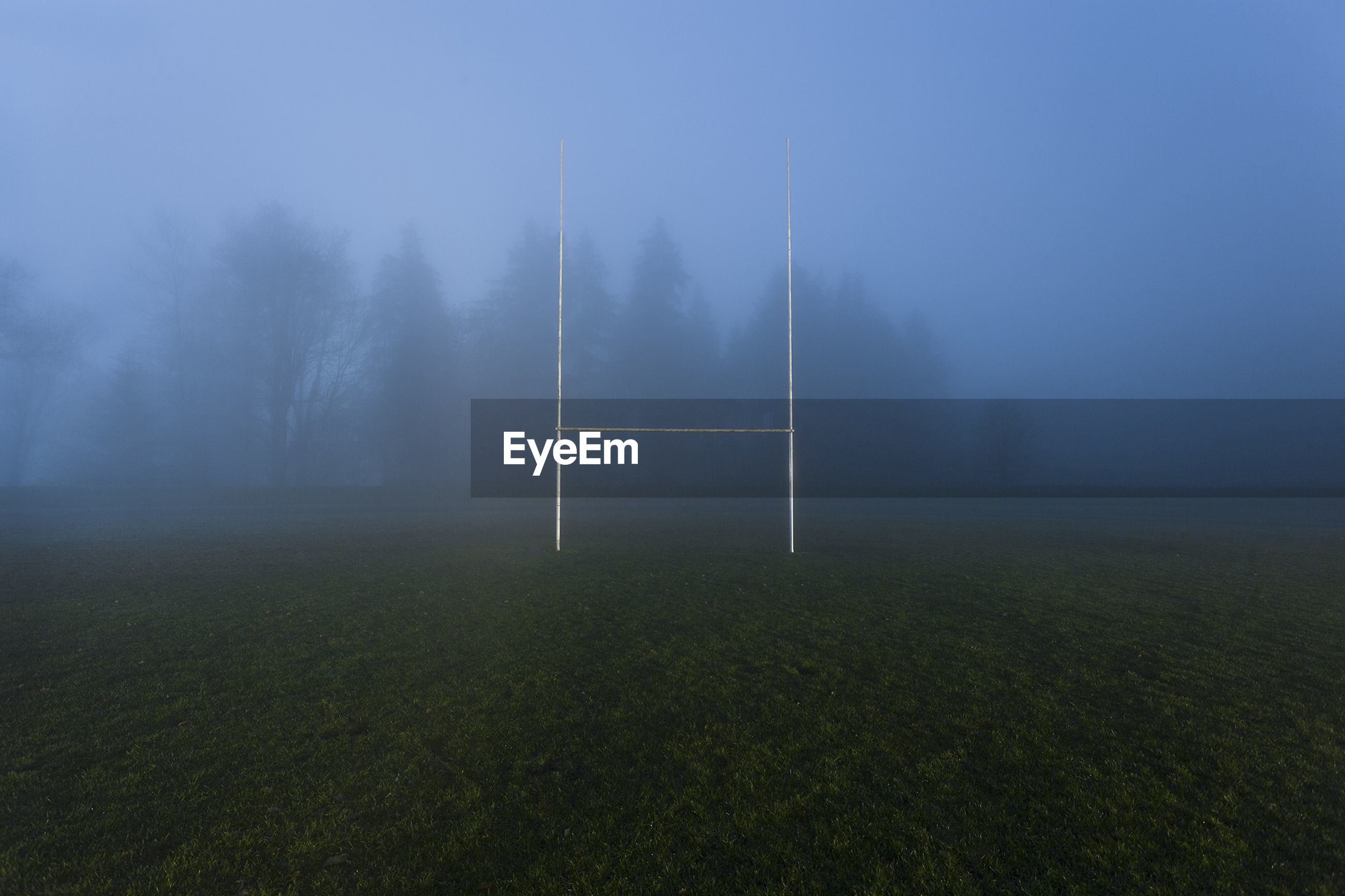 SCENIC VIEW OF FOGGY LANDSCAPE AGAINST SKY DURING WEATHER