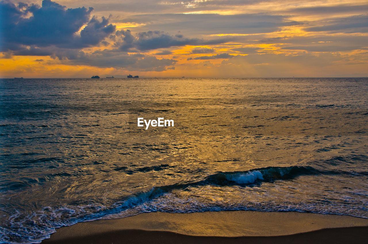 sky, sunset, sea, scenics - nature, beauty in nature, water, cloud - sky, horizon over water, horizon, tranquility, land, beach, orange color, tranquil scene, idyllic, no people, nature, outdoors, non-urban scene