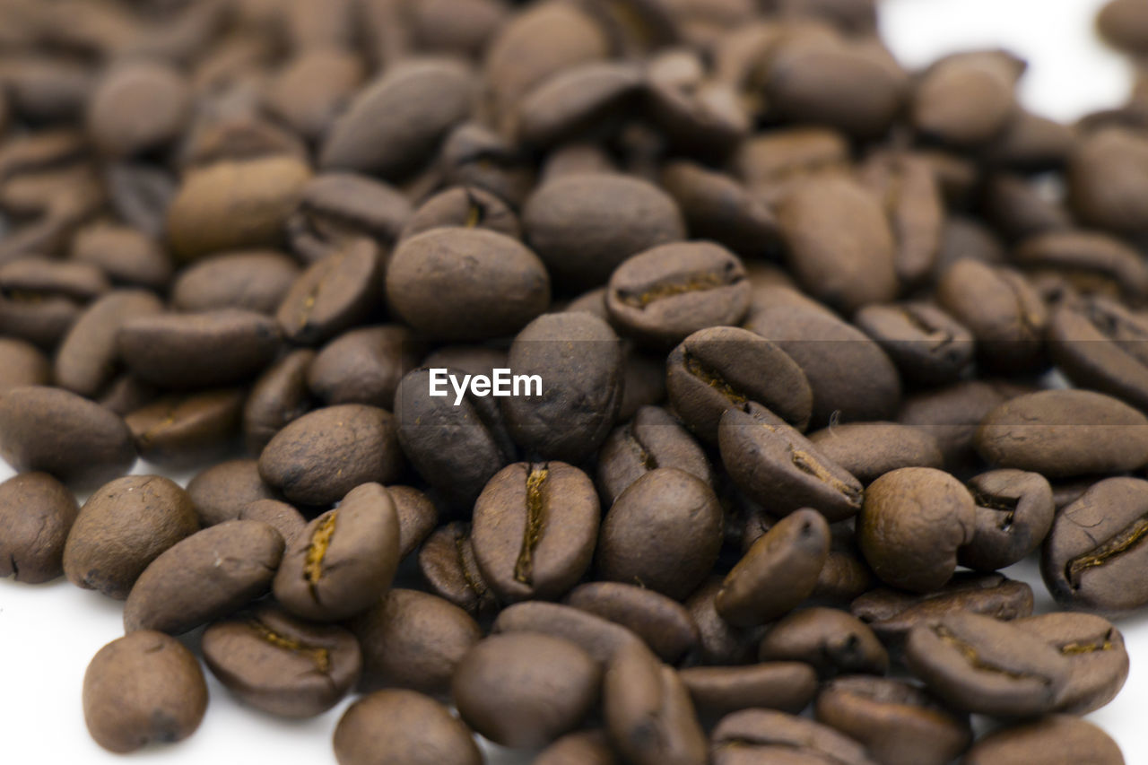 food and drink, large group of objects, still life, food, close-up, selective focus, freshness, coffee, coffee - drink, no people, abundance, roasted coffee bean, coffee bean, indoors, brown, roasted, full frame, high angle view, healthy eating, heap, caffeine, temptation