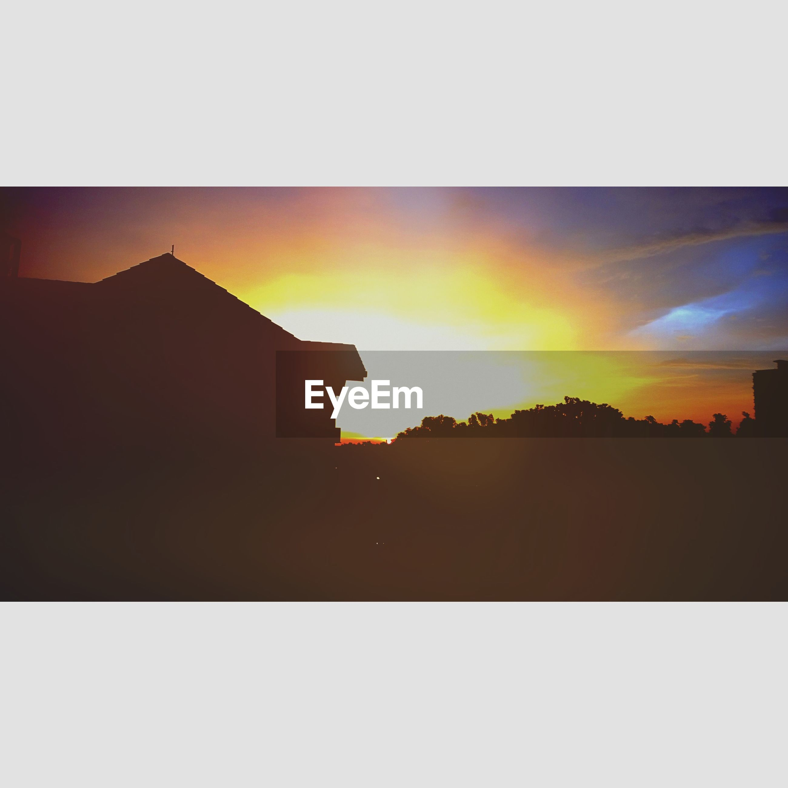 transfer print, sunset, silhouette, building exterior, architecture, built structure, auto post production filter, sky, orange color, copy space, house, sun, beauty in nature, residential structure, scenics, outdoors, no people, nature, dark, sunlight