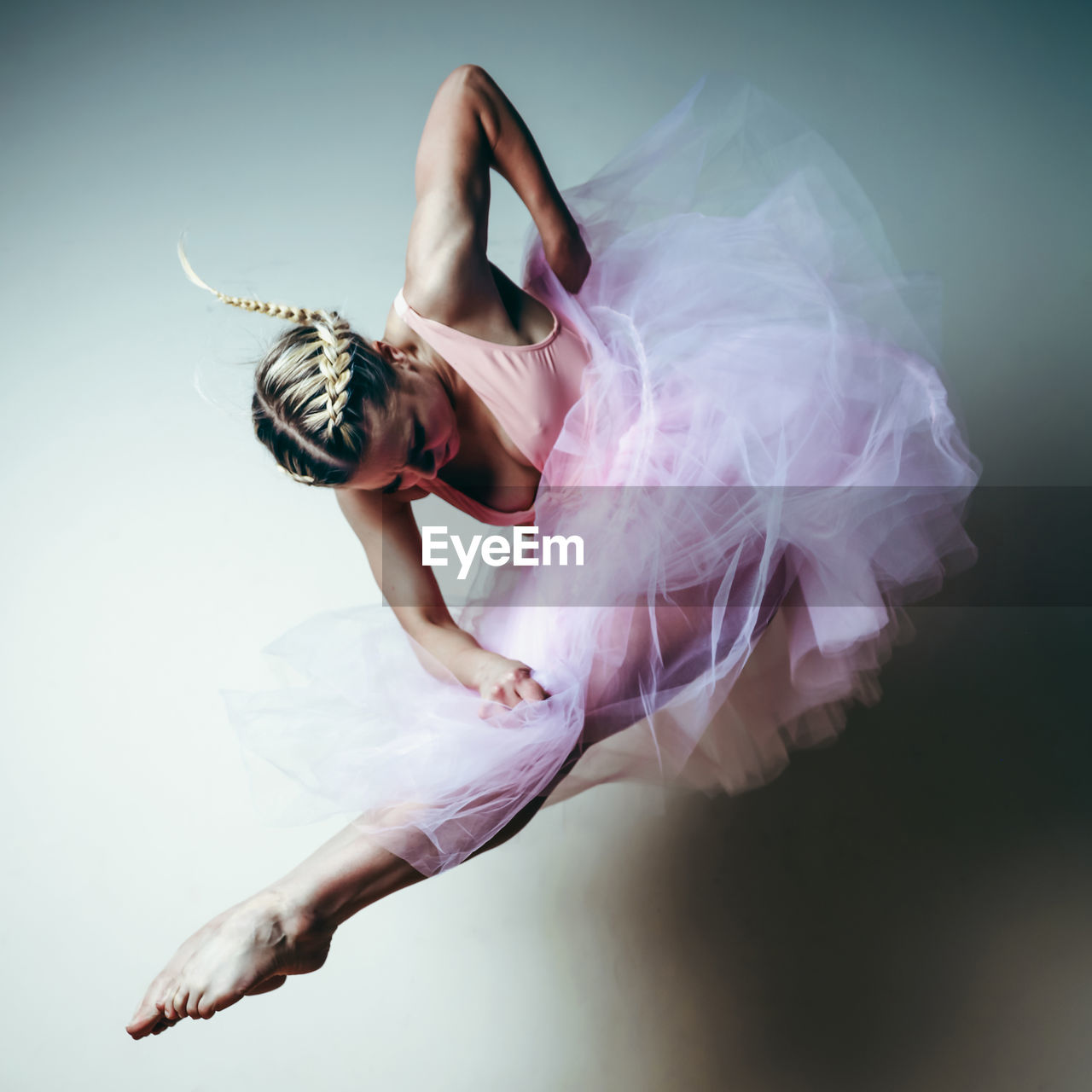 dancing, one person, indoors, studio shot, elegance, ballet, women, full length, clothing, dress, fashion, young adult, real people, performance, ballet dancer, skill, arts culture and entertainment, tutu, young women, beautiful woman