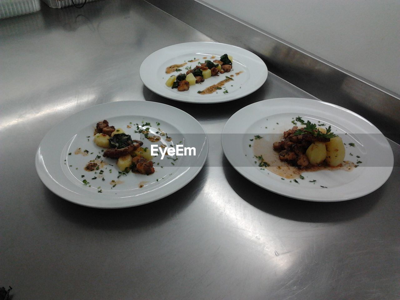 plate, food, food and drink, high angle view, ready-to-eat, serving size, table, indoors, no people, freshness, healthy eating, bowl, day, close-up