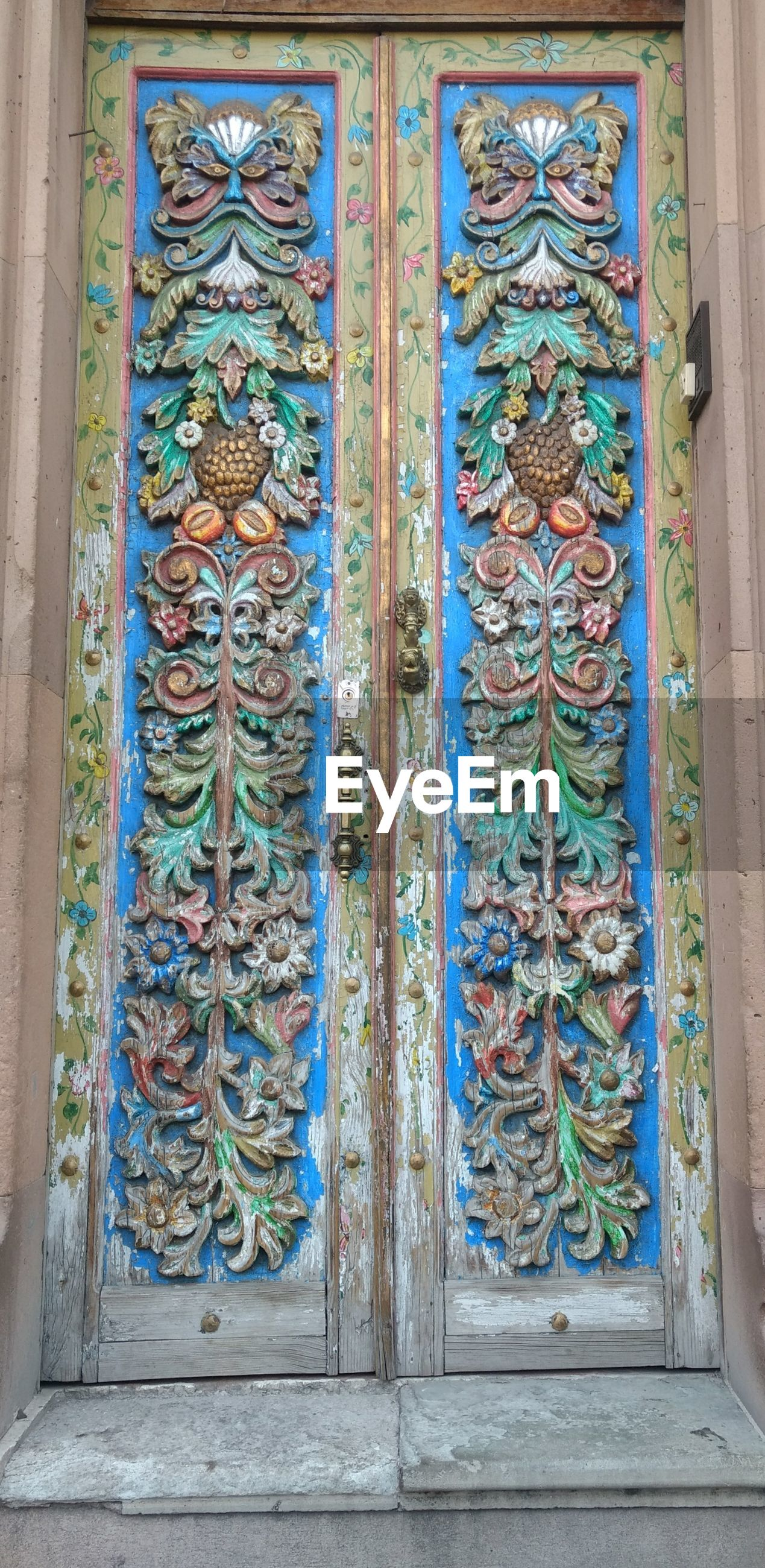 creativity, multi colored, art and craft, no people, architecture, door, day, window, place of worship, pattern, built structure, building exterior, decorative art, blue, outdoors, close-up