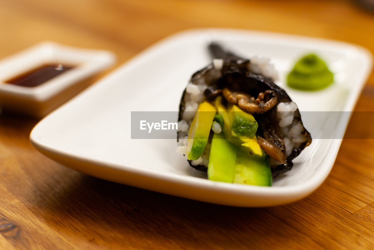 food, ready-to-eat, plate, food and drink, table, freshness, healthy eating, still life, indoors, close-up, serving size, vegetable, wellbeing, no people, wood - material, focus on foreground, selective focus, slice, indulgence, high angle view, japanese food, temptation, soy sauce