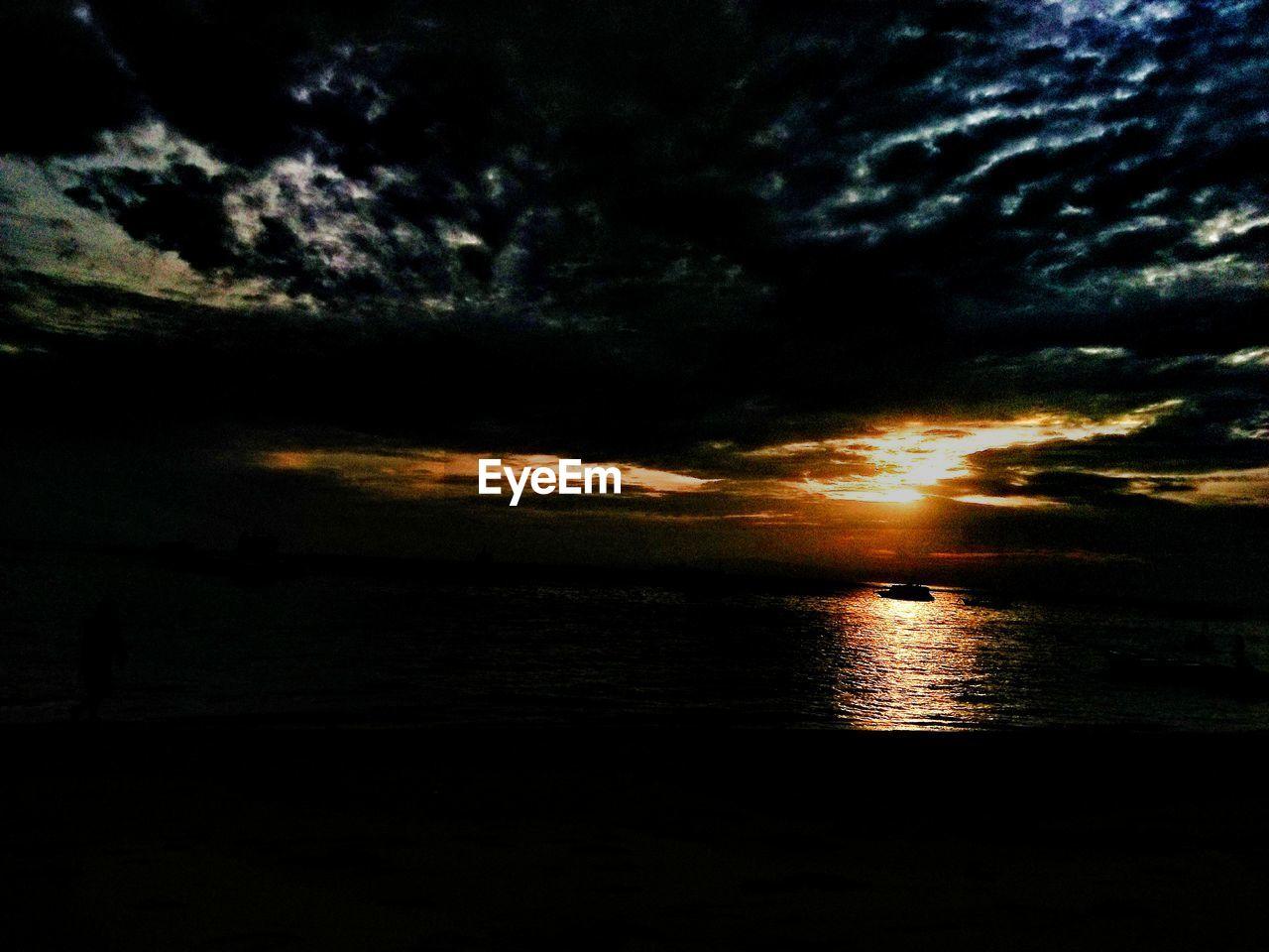 sky, sunset, cloud - sky, water, beauty in nature, scenics - nature, tranquility, sea, tranquil scene, silhouette, land, nature, no people, beach, horizon, idyllic, non-urban scene, outdoors, horizon over water
