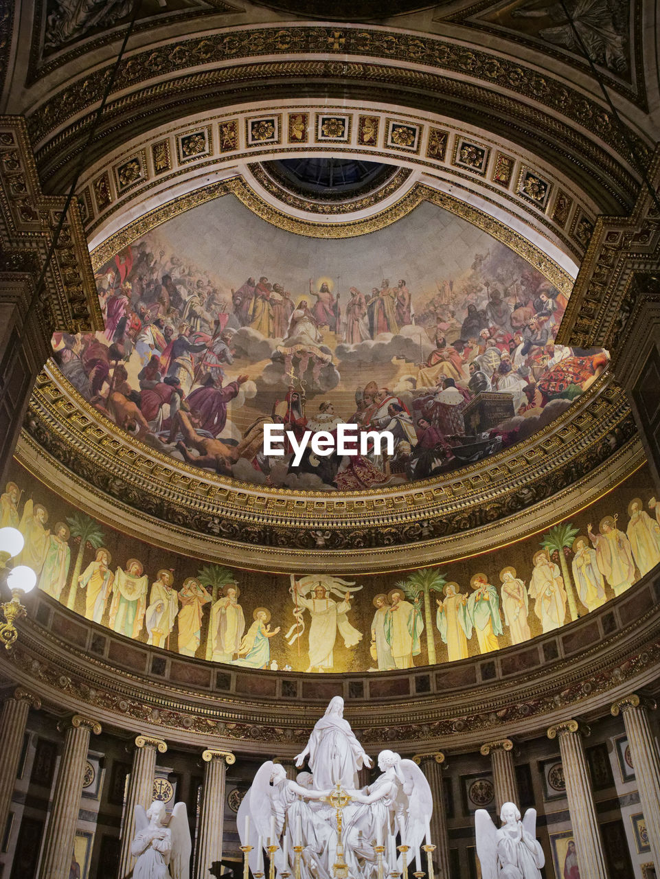 architecture, representation, built structure, low angle view, art and craft, human representation, travel destinations, craft, indoors, male likeness, sculpture, statue, dome, the past, female likeness, history, creativity, ceiling, no people, mural, ornate, architectural column, fresco, government