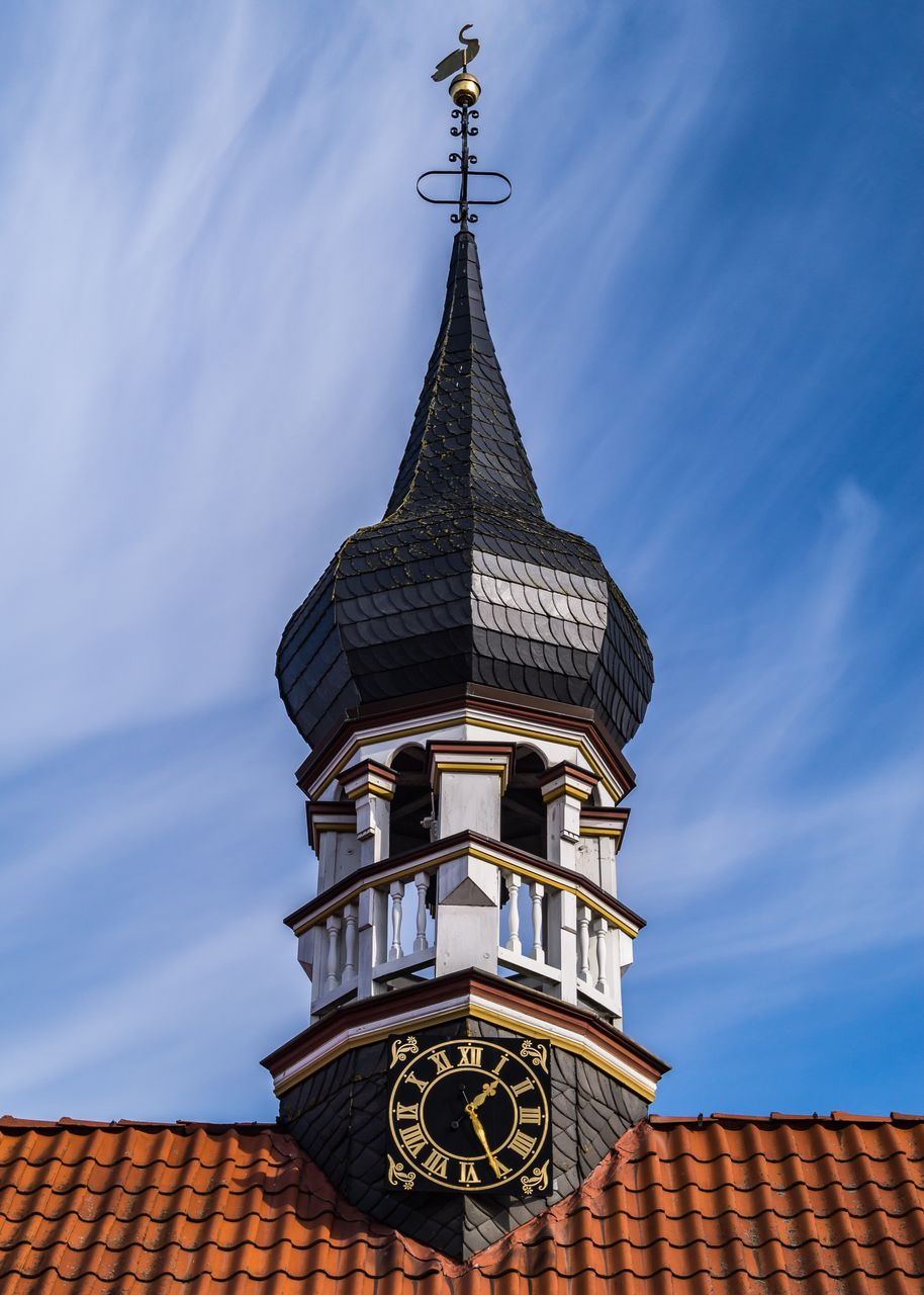 architecture, built structure, building exterior, sky, building, low angle view, belief, cloud - sky, religion, place of worship, spirituality, no people, tower, nature, roof, blue, day, outdoors, high section, roof tile, spire