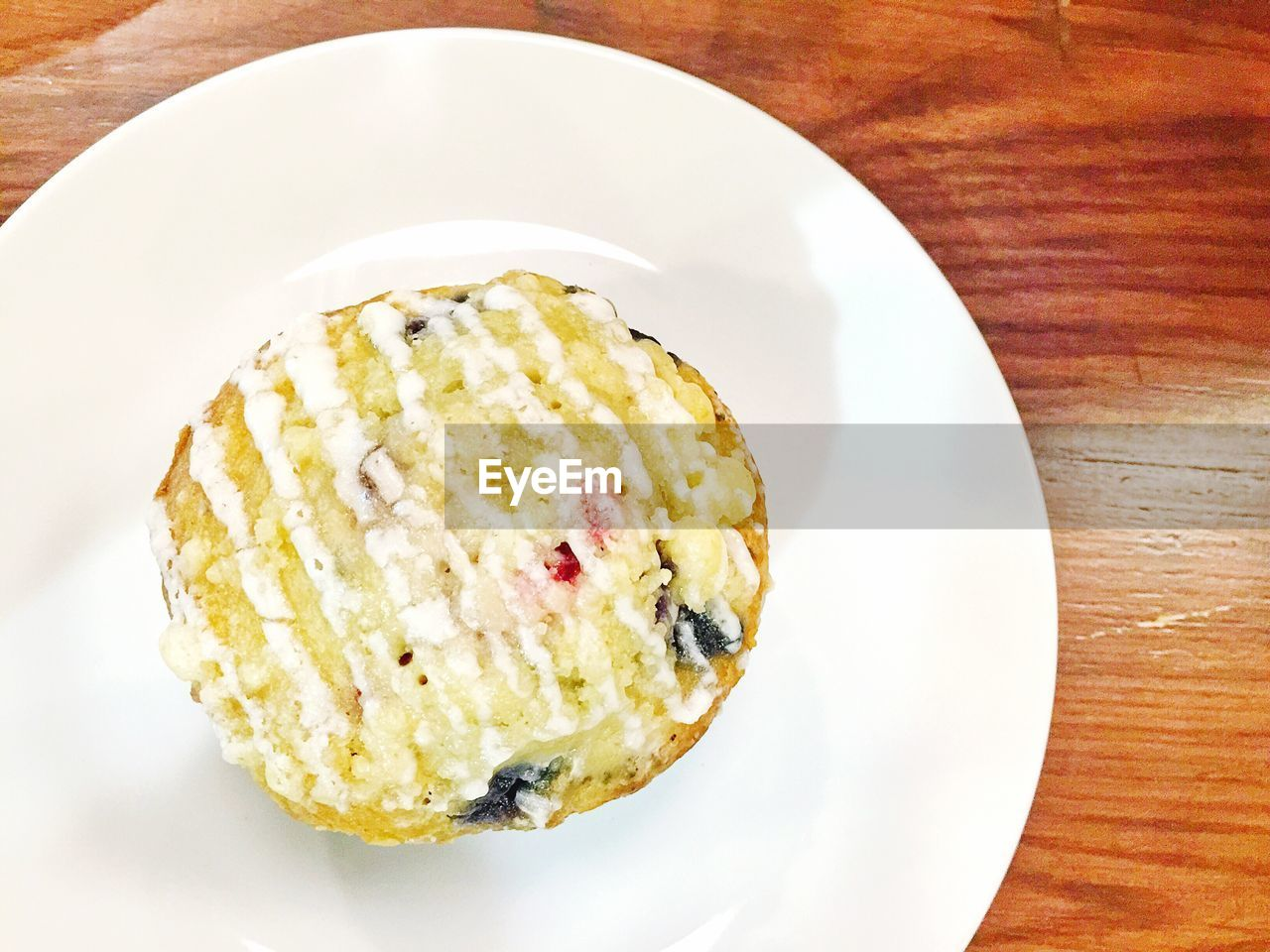 plate, food, food and drink, freshness, no people, indoors, table, ready-to-eat, high angle view, sweet food, dessert, close-up, cheesecake, healthy eating, day