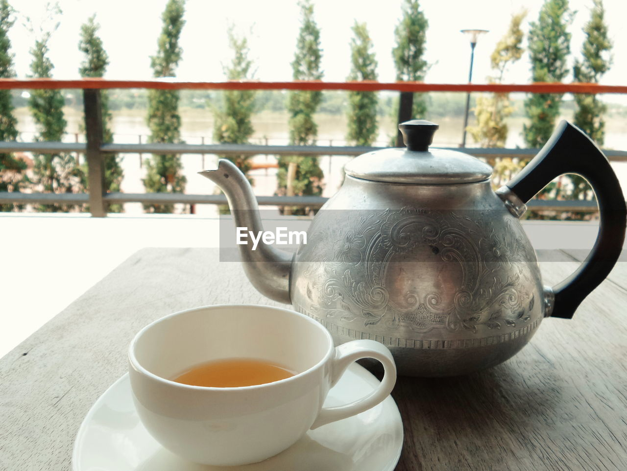 teapot, refreshment, no people, drink, food and drink, tea - hot drink, close-up, table, day, healthy eating, outdoors, freshness, herbal tea, mint tea