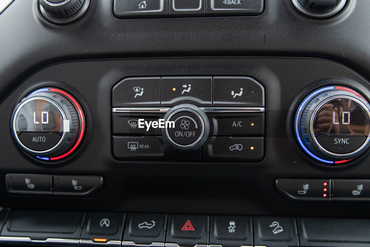 mode of transportation, transportation, vehicle interior, control panel, dashboard, car interior, car, land vehicle, motor vehicle, indoors, no people, control, close-up, speedometer, technology, black color, speed, travel, glass - material, design, luxury