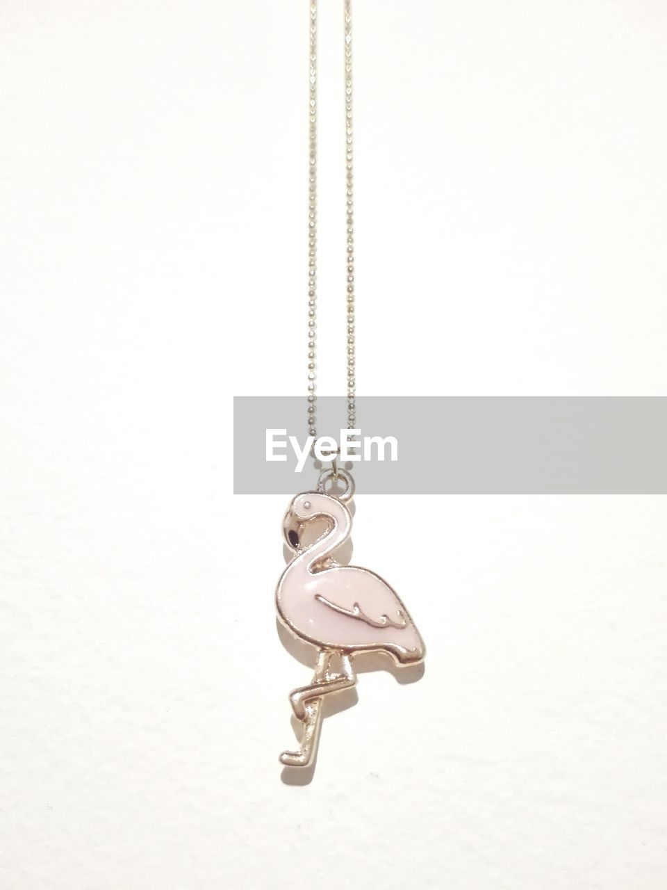 necklace, jewelry, pendant, chain, studio shot, locket, no people, close-up, luxury, white background, outdoors, day