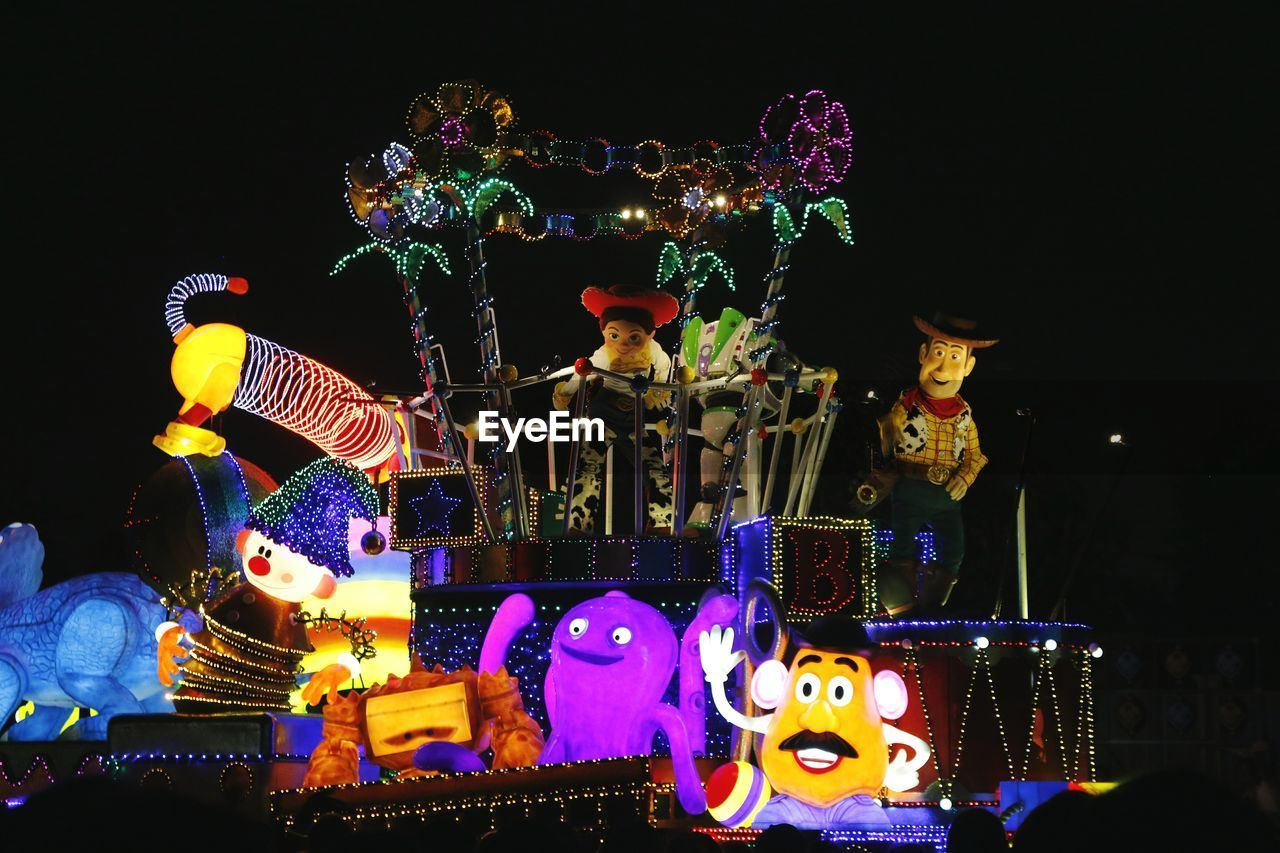 night, illuminated, representation, no people, holiday, multi colored, arts culture and entertainment, art and craft, amusement park, christmas, decoration, celebration, lighting equipment, amusement park ride, outdoors, human representation, christmas decoration, creativity